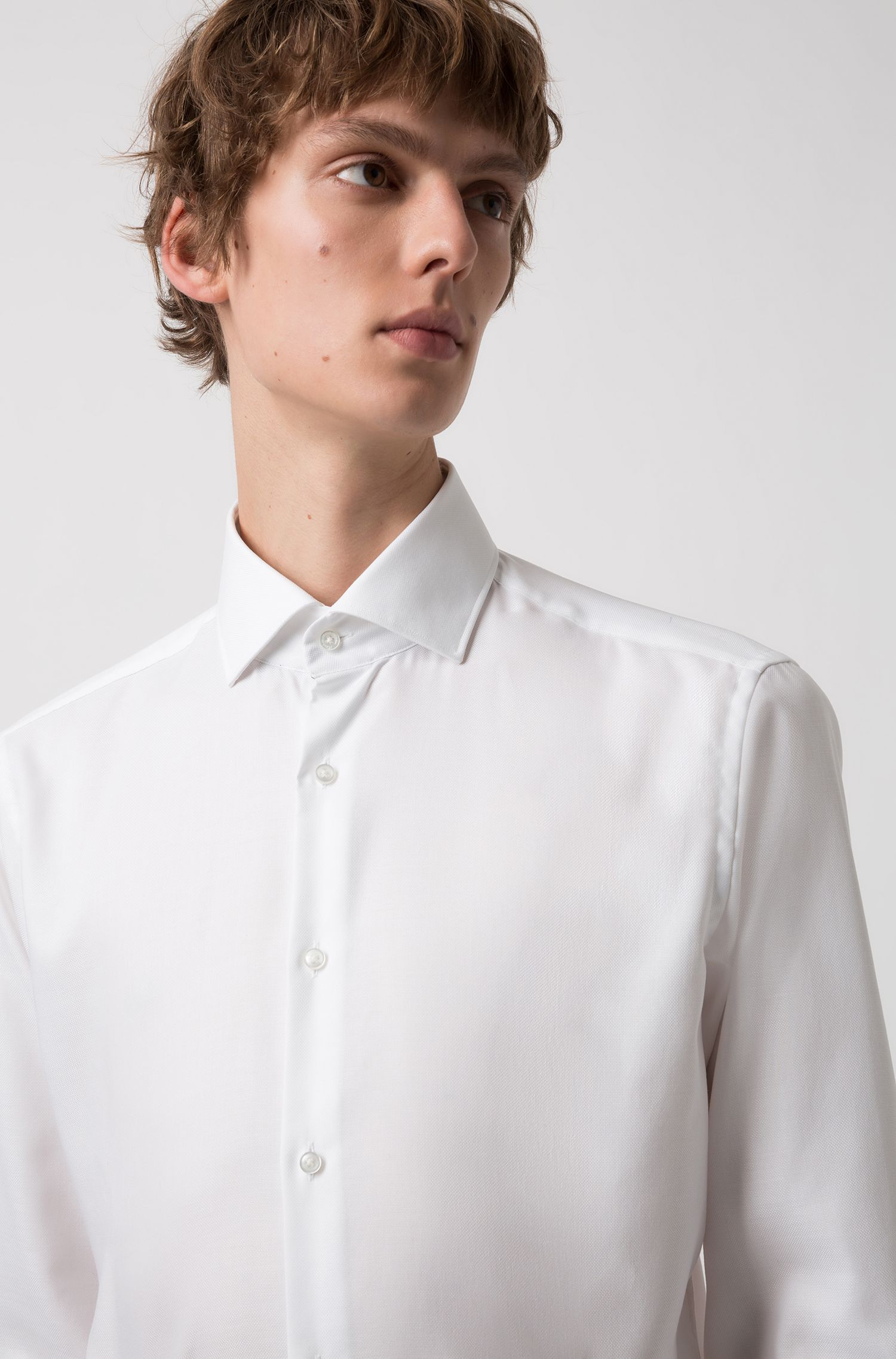 Chemise Regular Fit en coton Oxford facile à repasser, Blanc