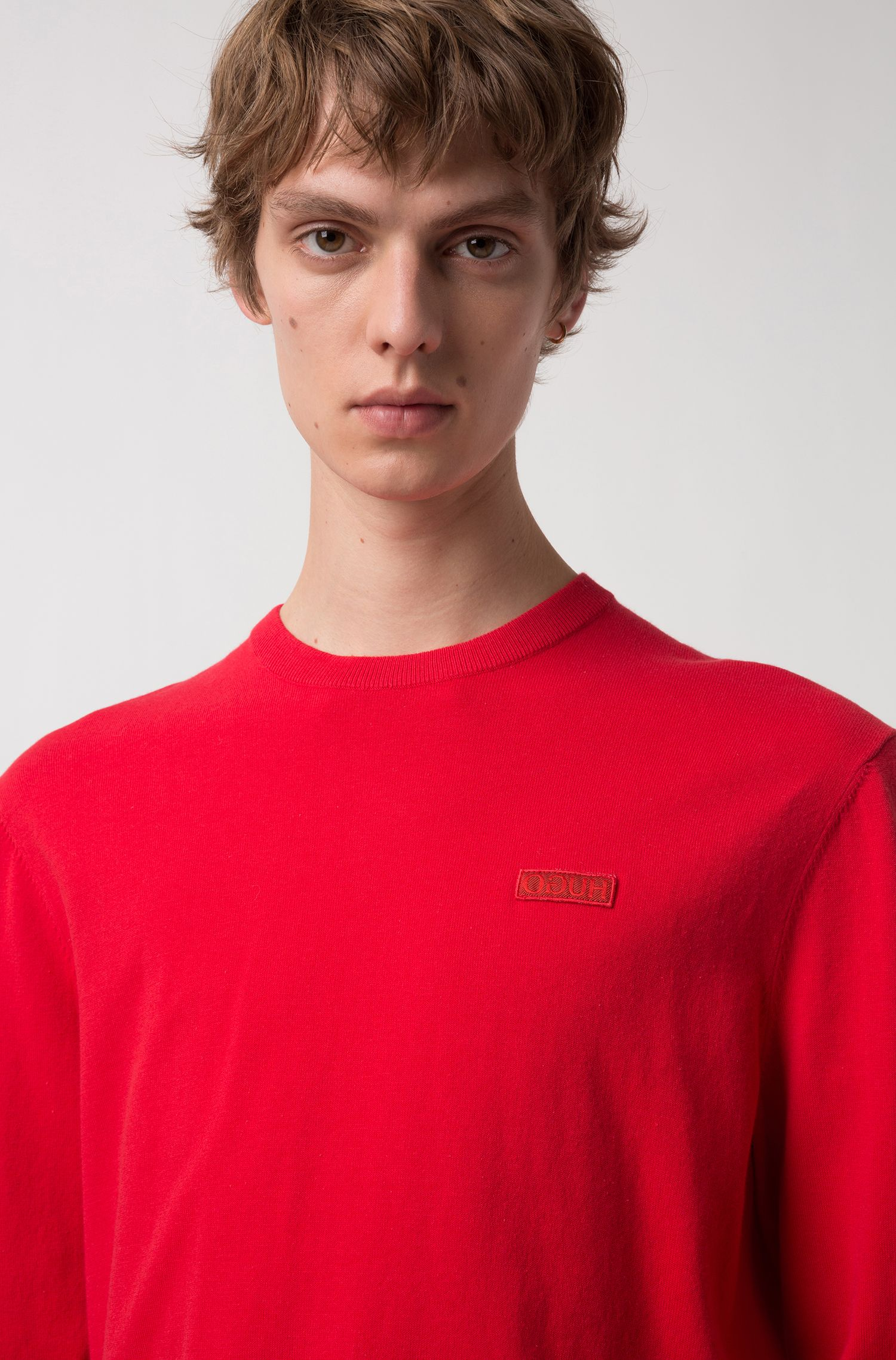 Crew-neck crepe sweater with logo badge, Red
