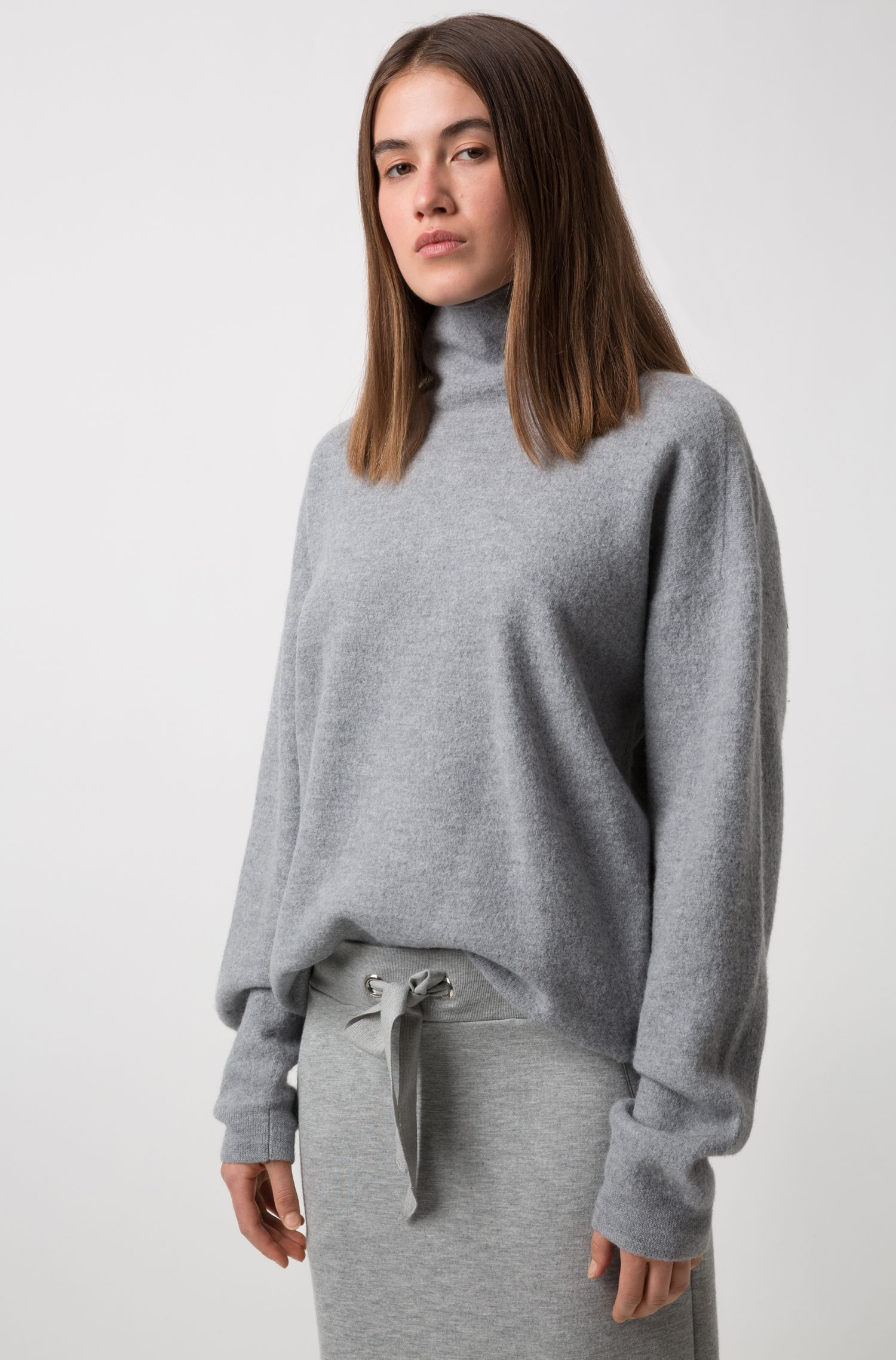 Unisex oversized sweater in felted wool with funnel neck, Grey