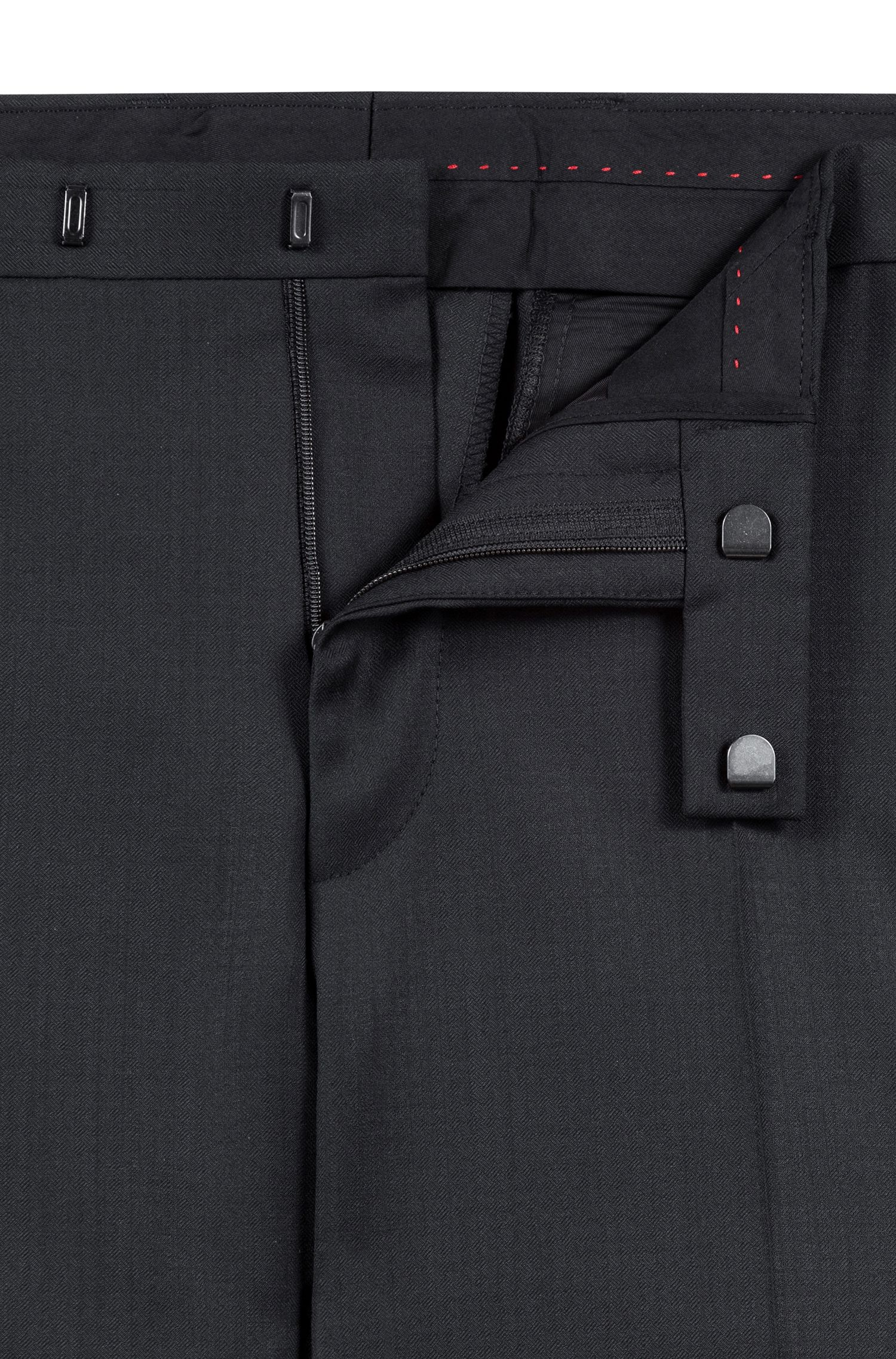 Regular-fit suit in a structured virgin-wool blend