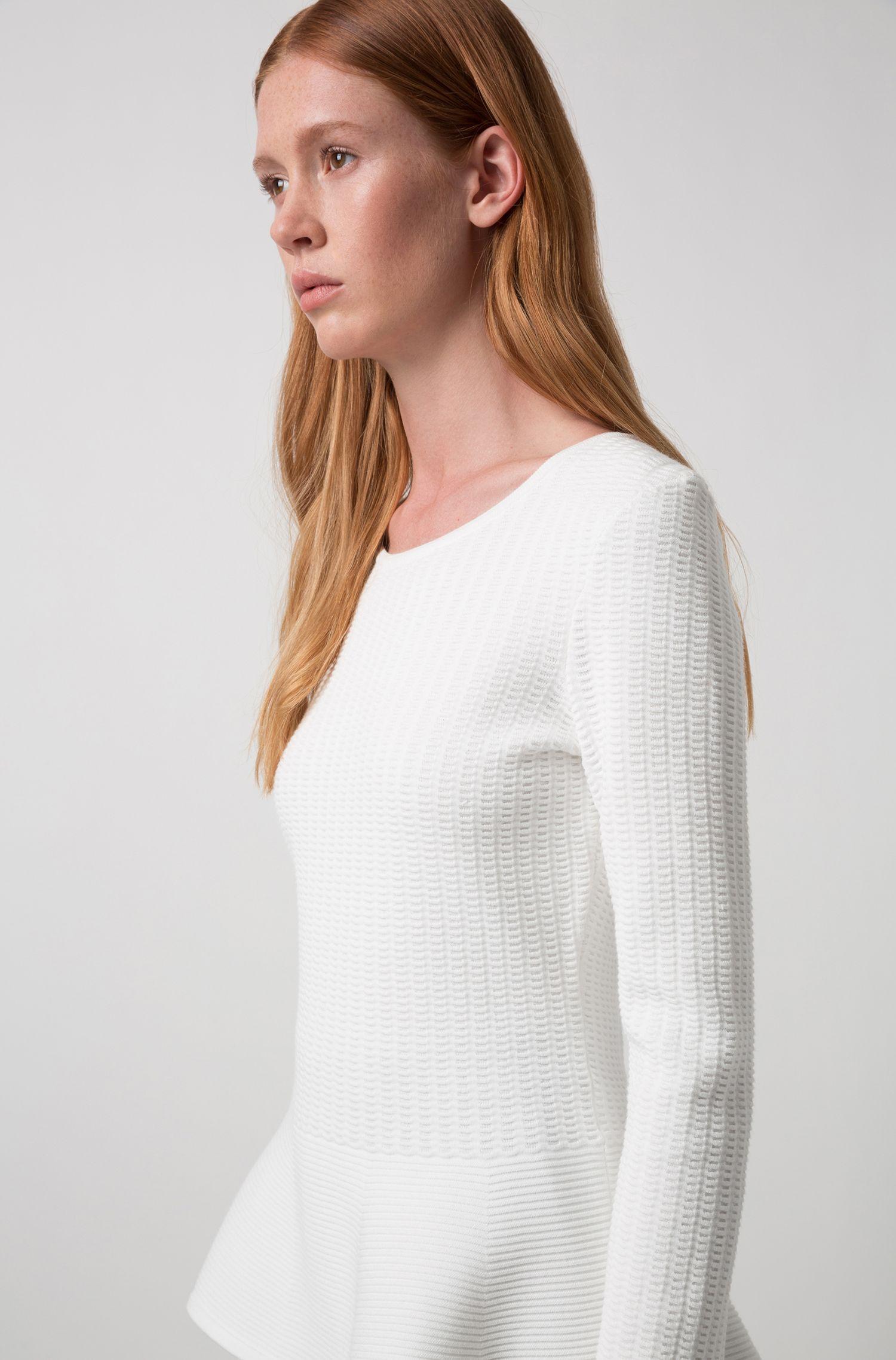 Jacquard-Pullover mit Schößchensaum, Natur