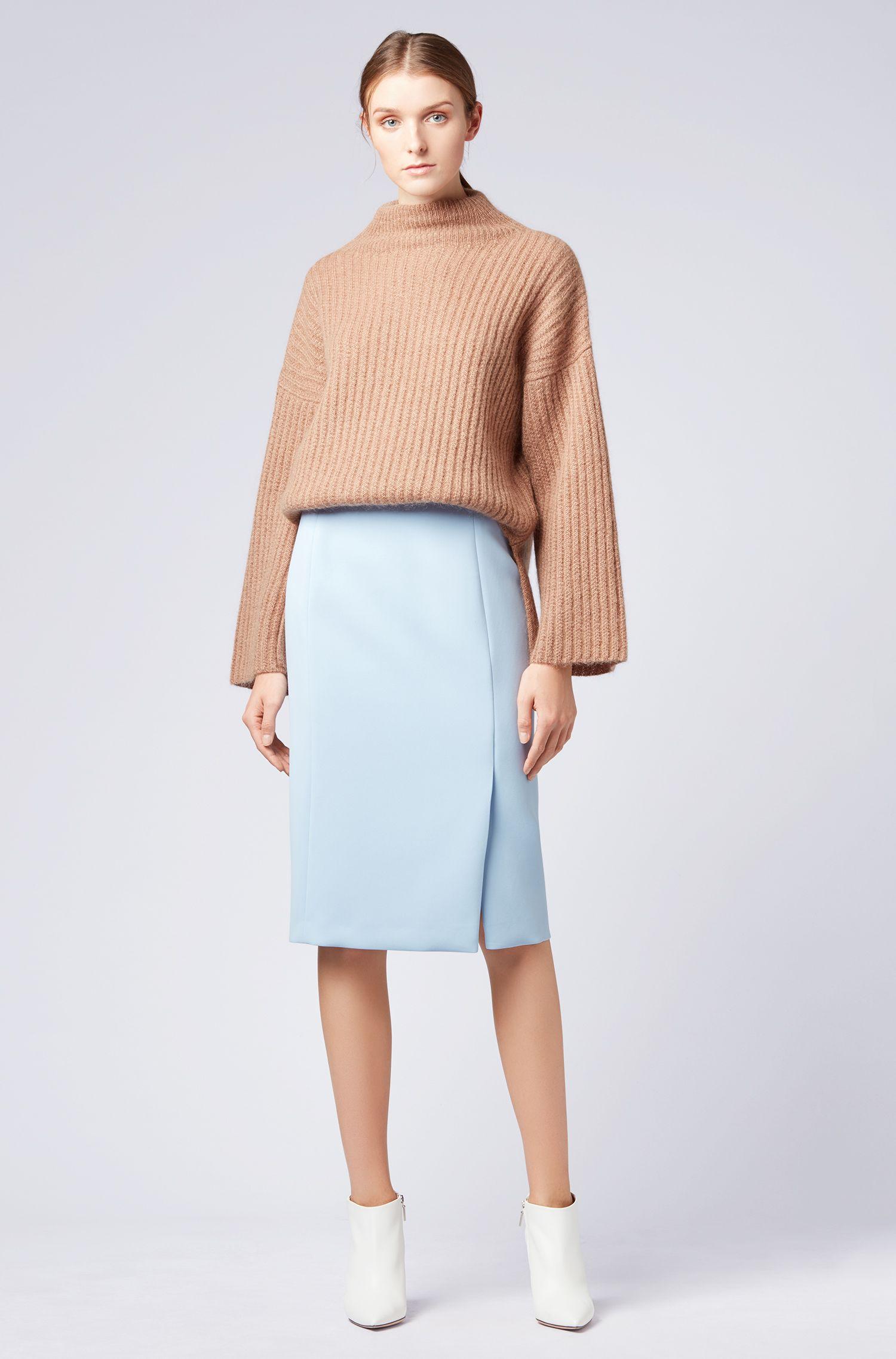 Pullover aus italienischem Woll-Mix mit Trichterkragen, Braun