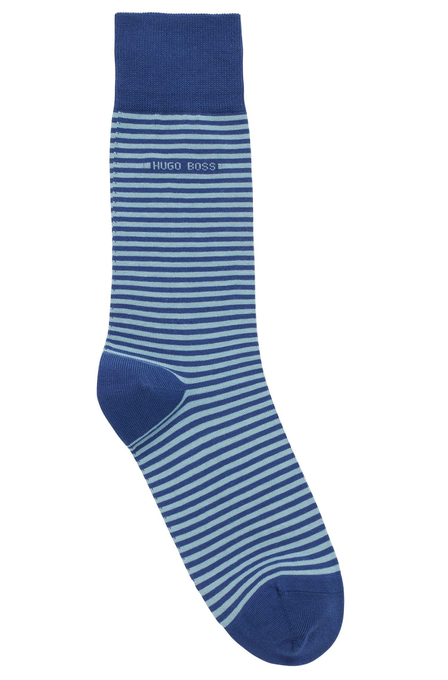 Mittelhohe Socken aus gekämmter Stretch-Baumwolle mit Streifen, Blau