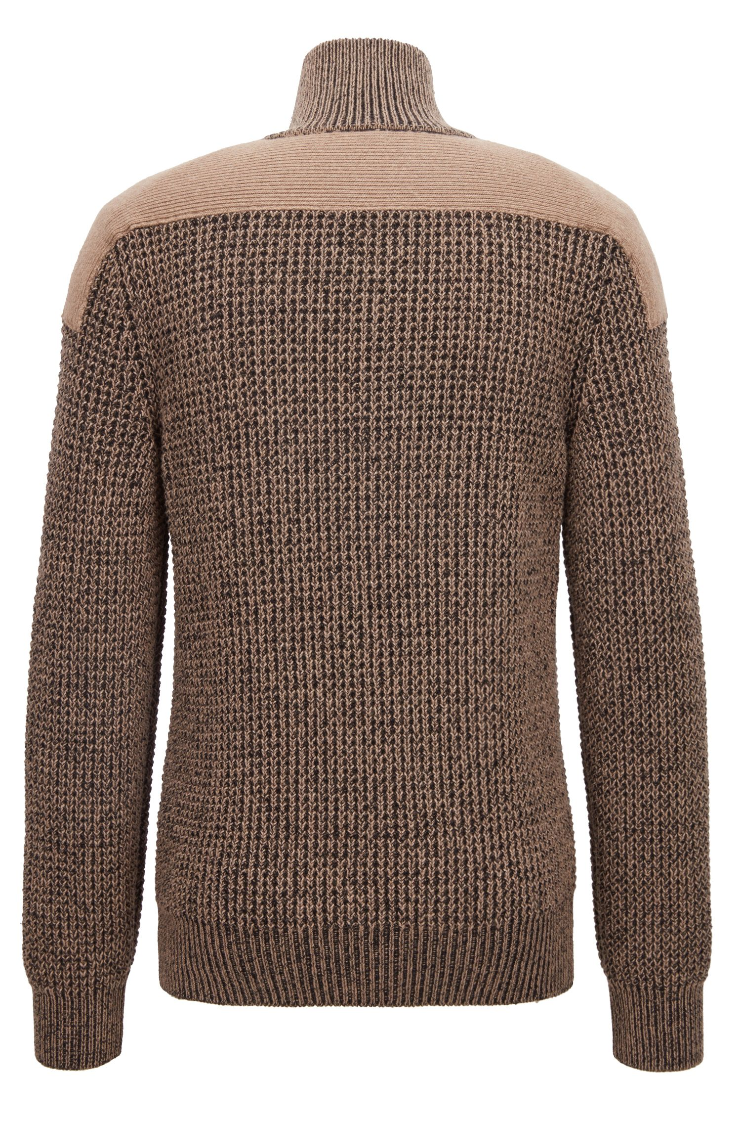 Strickpullover aus Baumwoll-Mix mit Troyerkragen und kontrastfarbenen Schulter-Patches, Braun