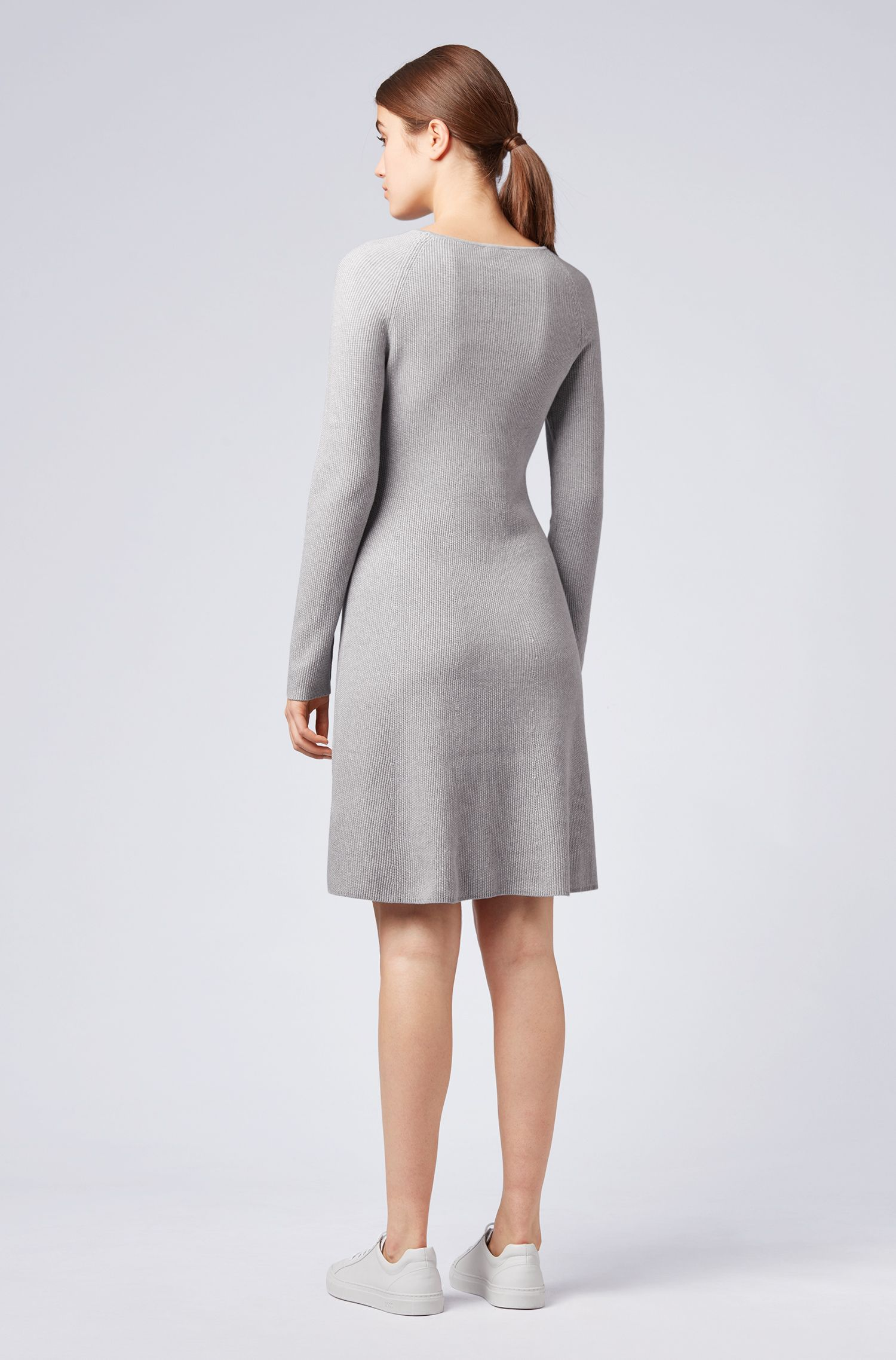 Knitted dress in a cotton blend with raglan sleeves, Silver