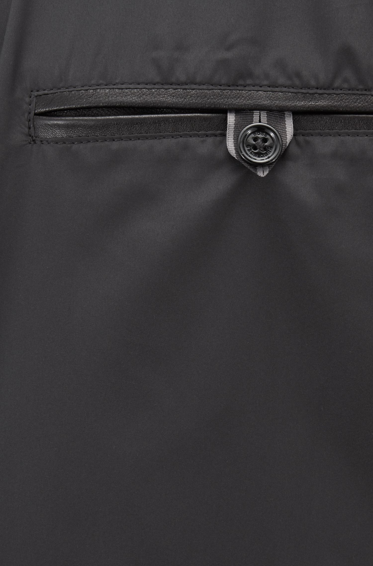 Cazadora regular fit en napa de piel de cordero, Negro