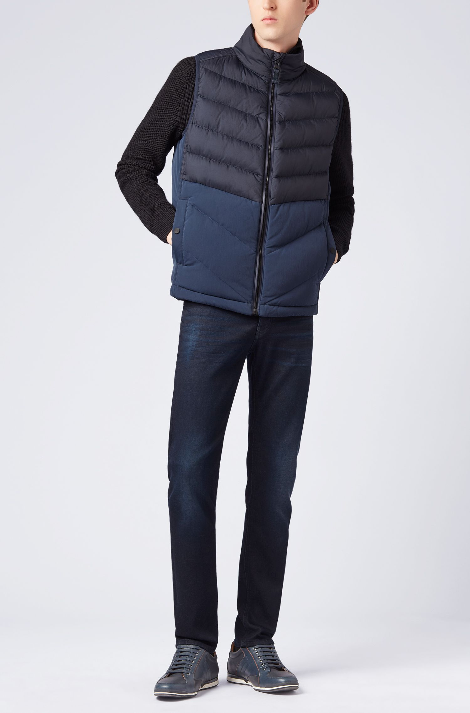 Ultra-lightweight quilted gilet with water-repellent outer, Dark Blue