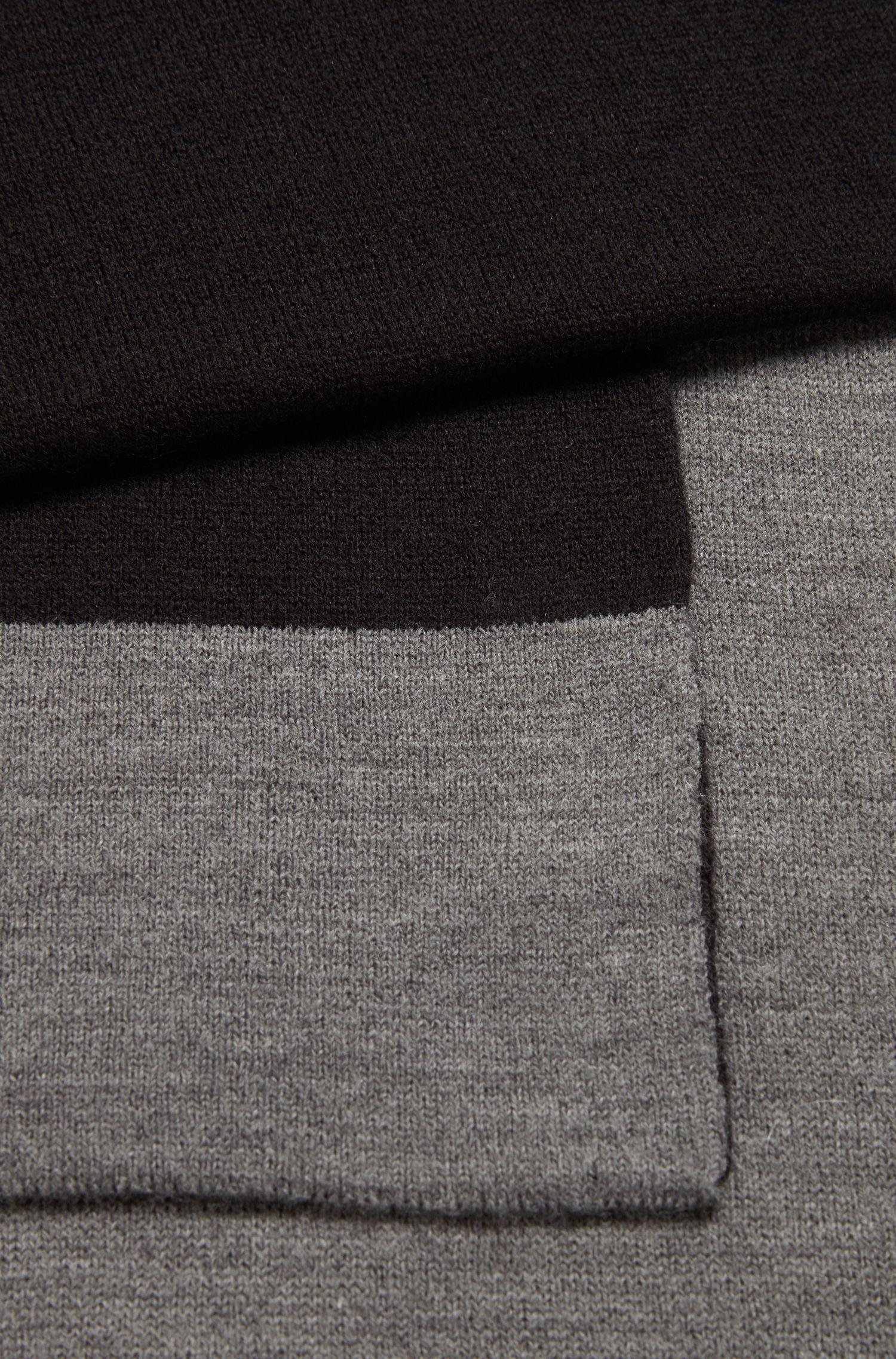 Geribde sjaal met contrastlogo in jacquard, Grijs