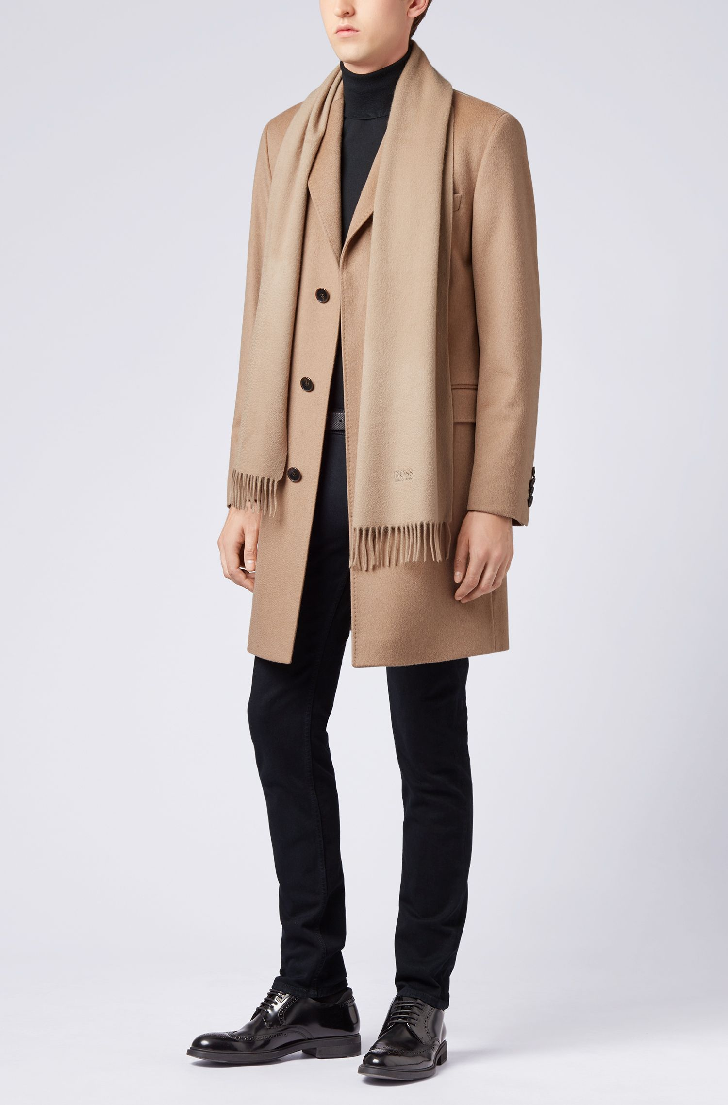 Tailored Italian-made scarf in cashmere with fringed hem, Beige