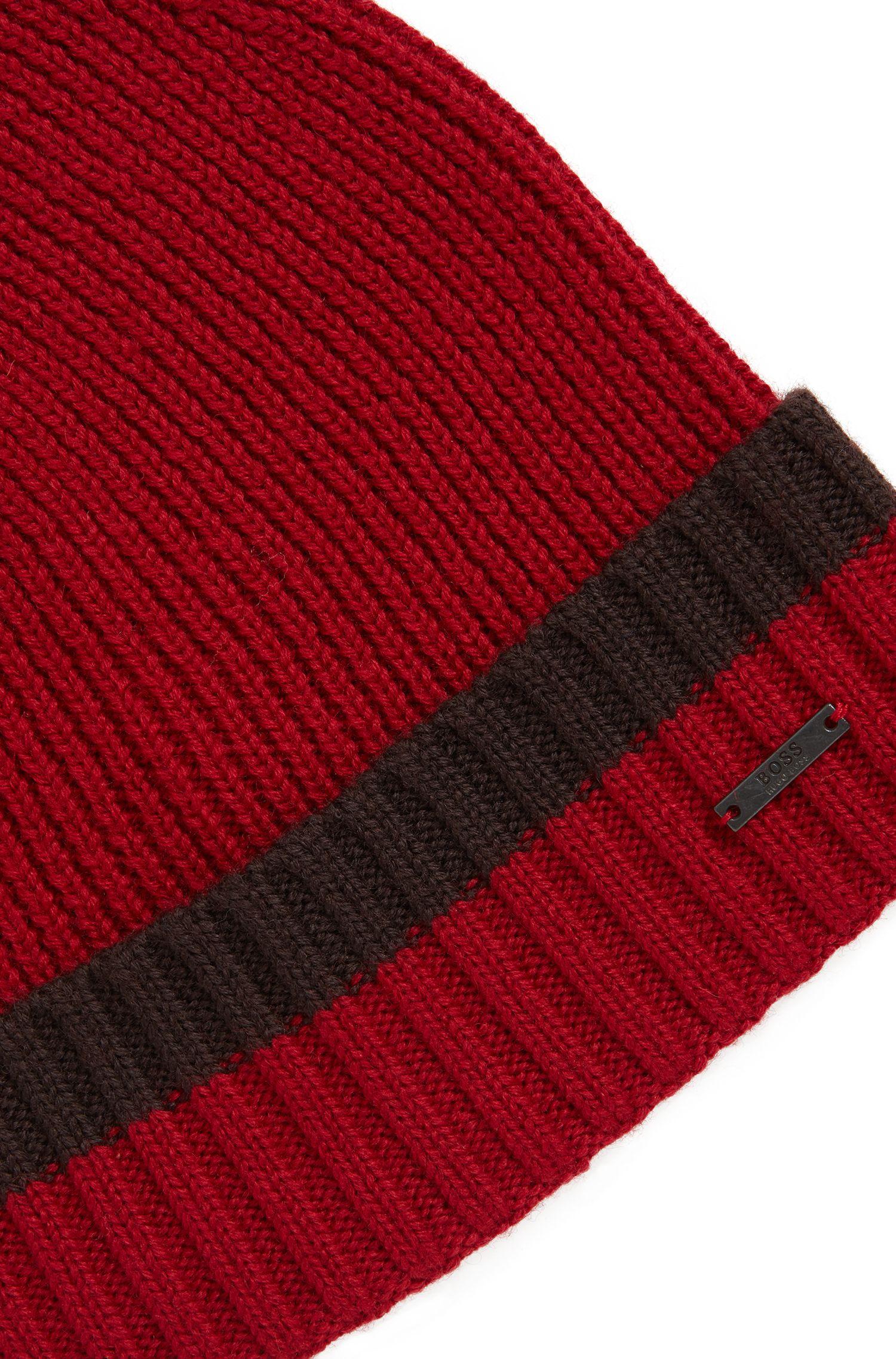 Mütze aus Schurwolle mit kontrastfarbenem Saum, Dunkelrot