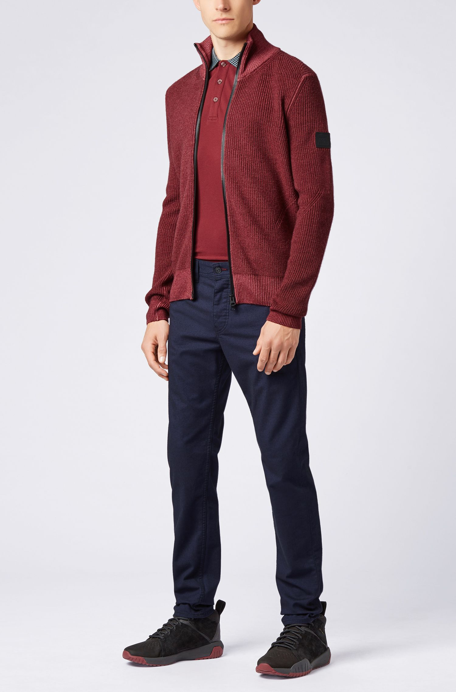 Poloshirt aus Stretch-Piqué mit Hahnentritt-Muster an Kragen und Bündchen, Dunkelrot
