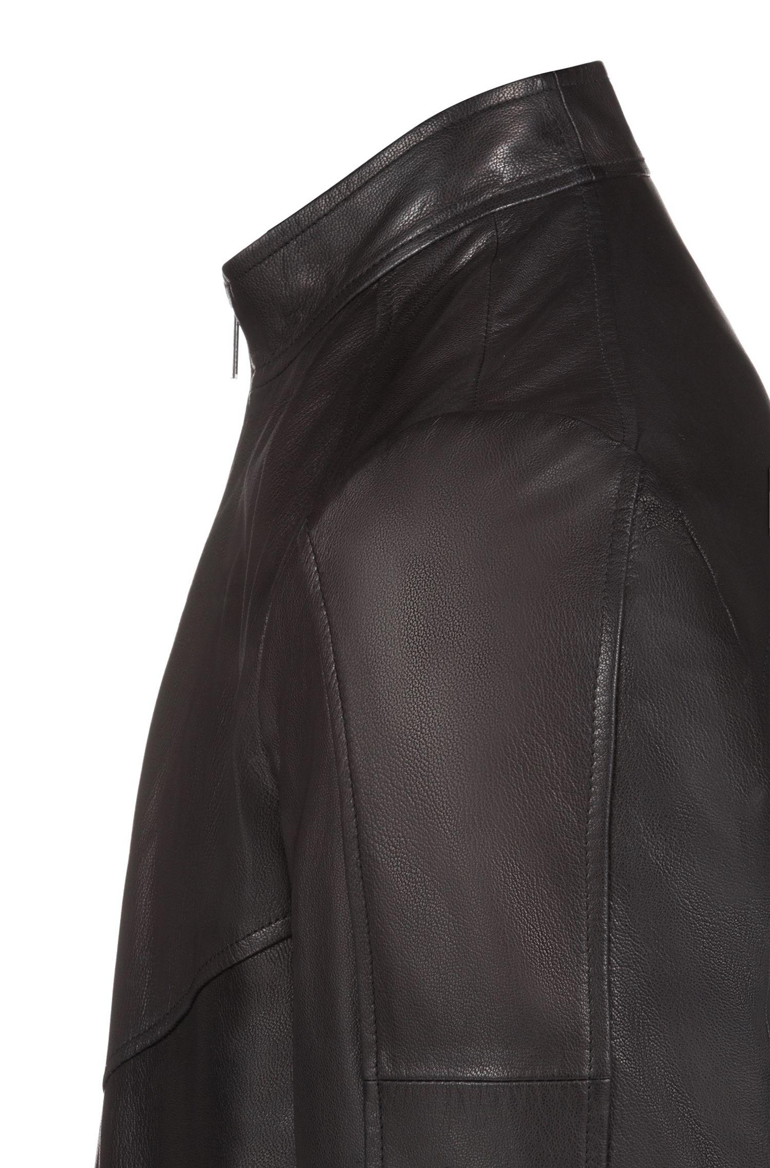 Slim-fit bikerjas van geolied nappa-nubuckleer, Zwart