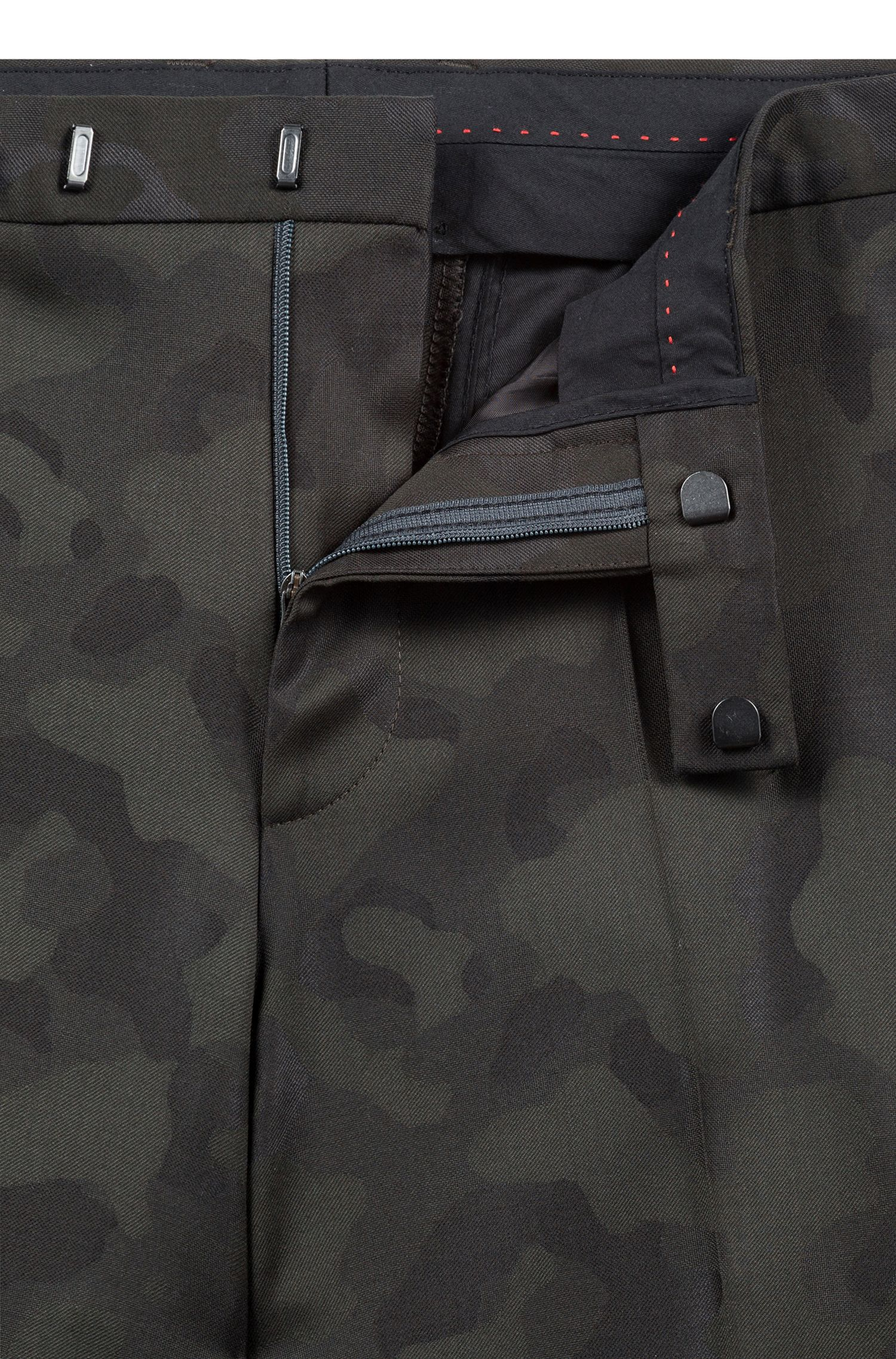 Abito extra slim fit in misto lana jacquard camouflage, Verde scuro