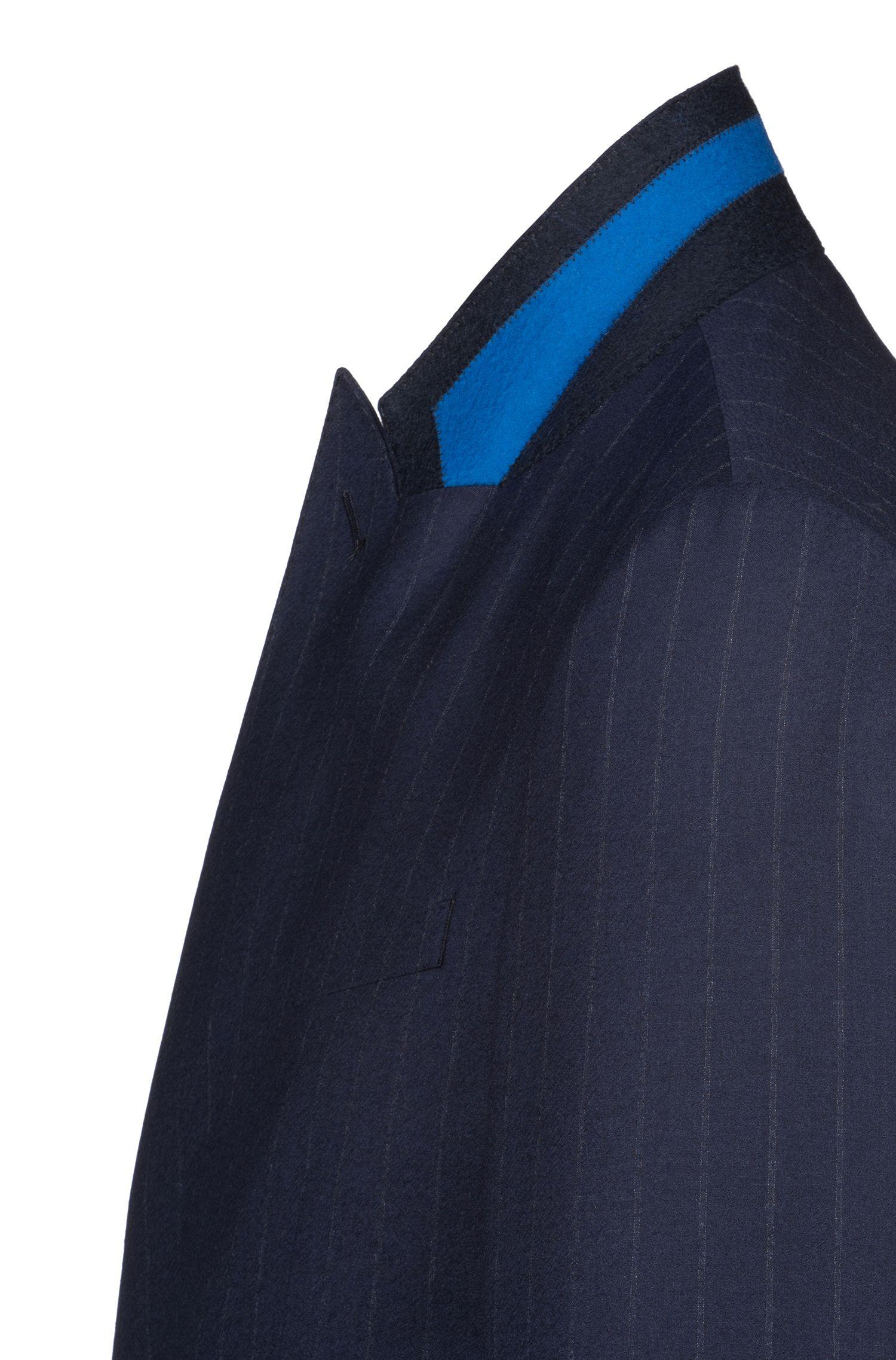 Slim-fit kostuum van Italiaanse scheerwol met krijtstrepen