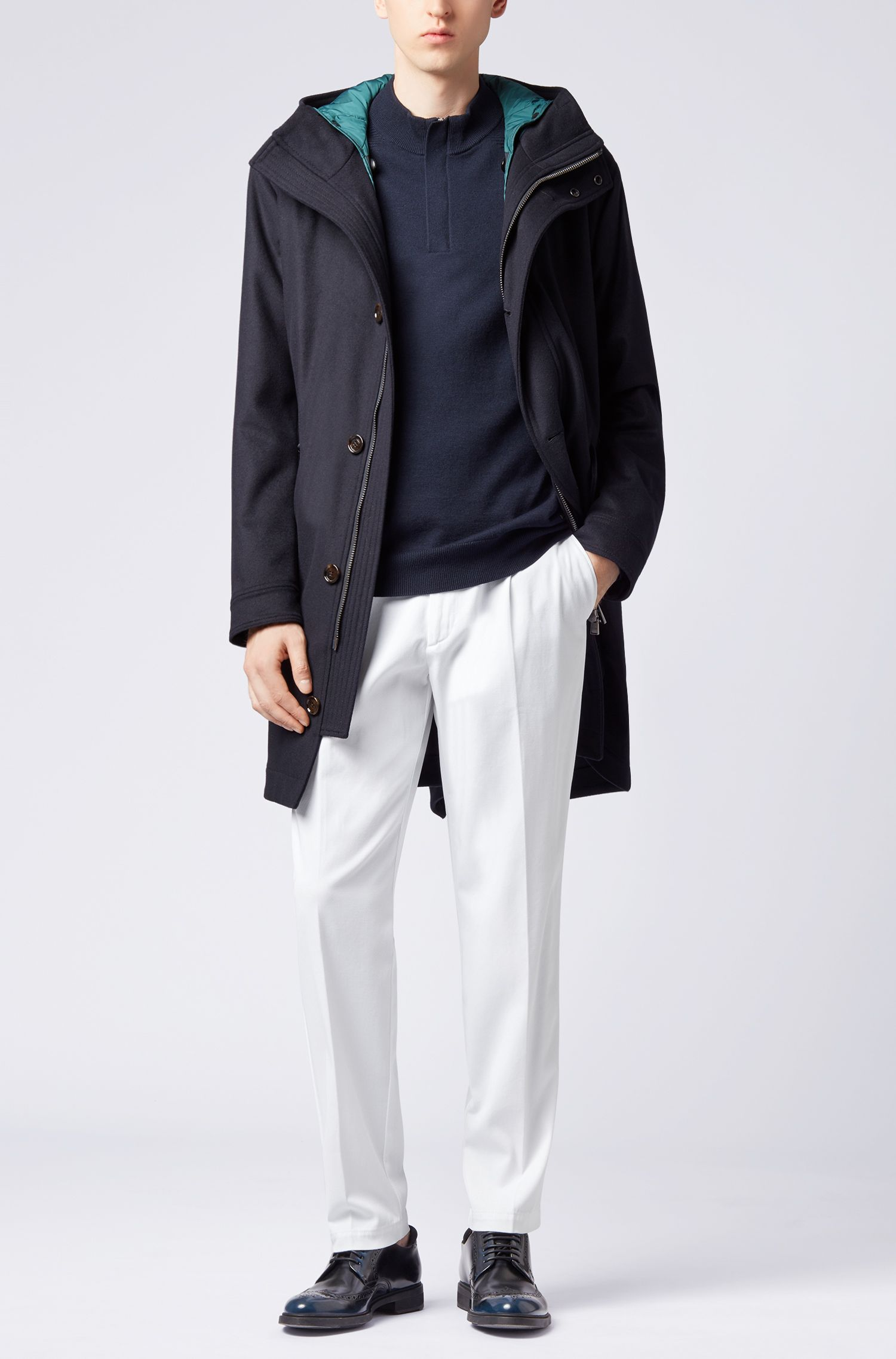 Regular-Fit Chino aus italienischer Stretch-Baumwolle