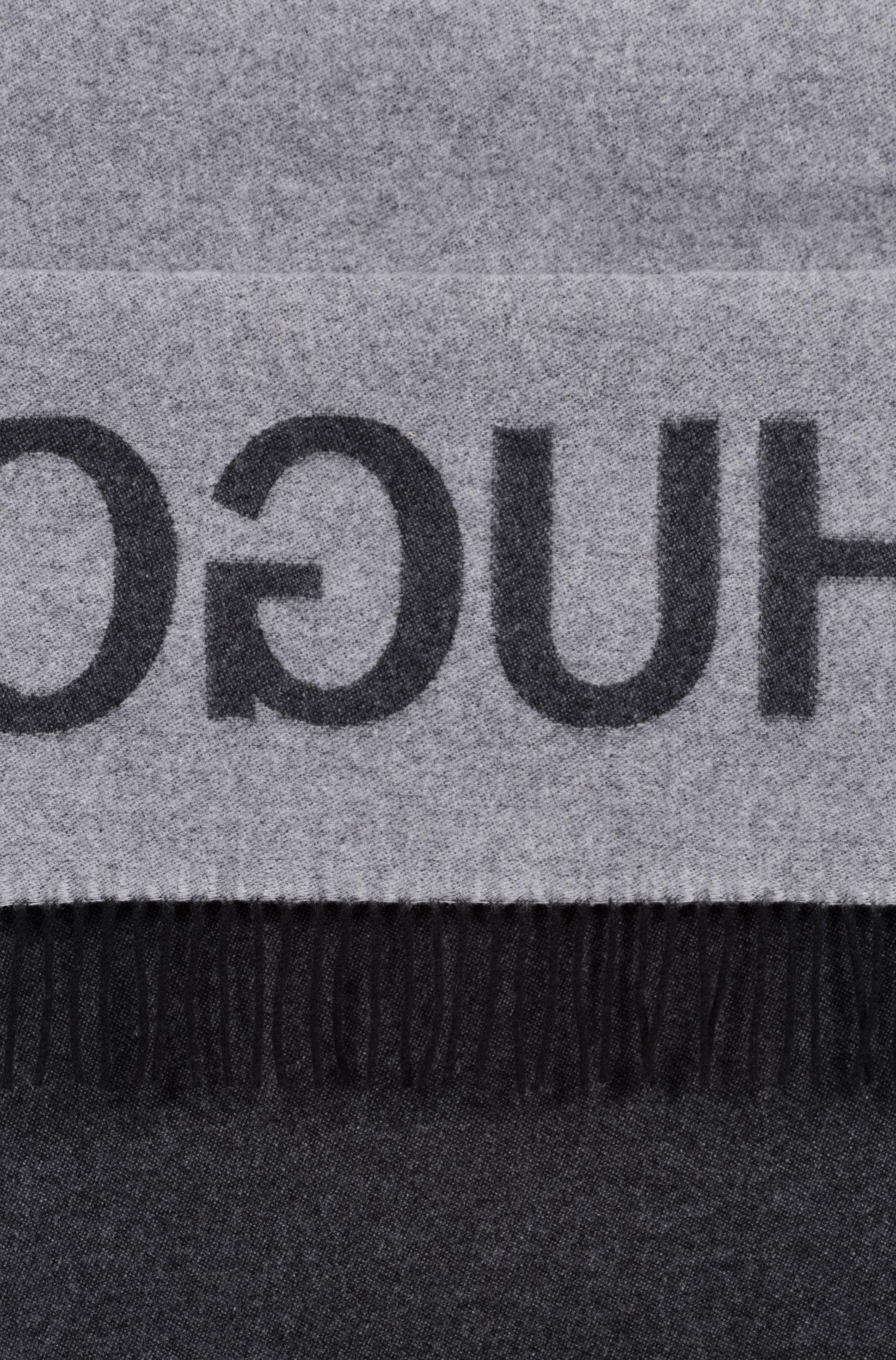 Unisex-schal aus gebürstetem Schurwoll-Mix mit Reversed-Logo, Gemustert