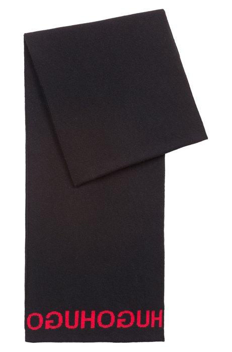 b2b02d8e65a HUGO - Écharpe tricotée avec logos jacquard inversés