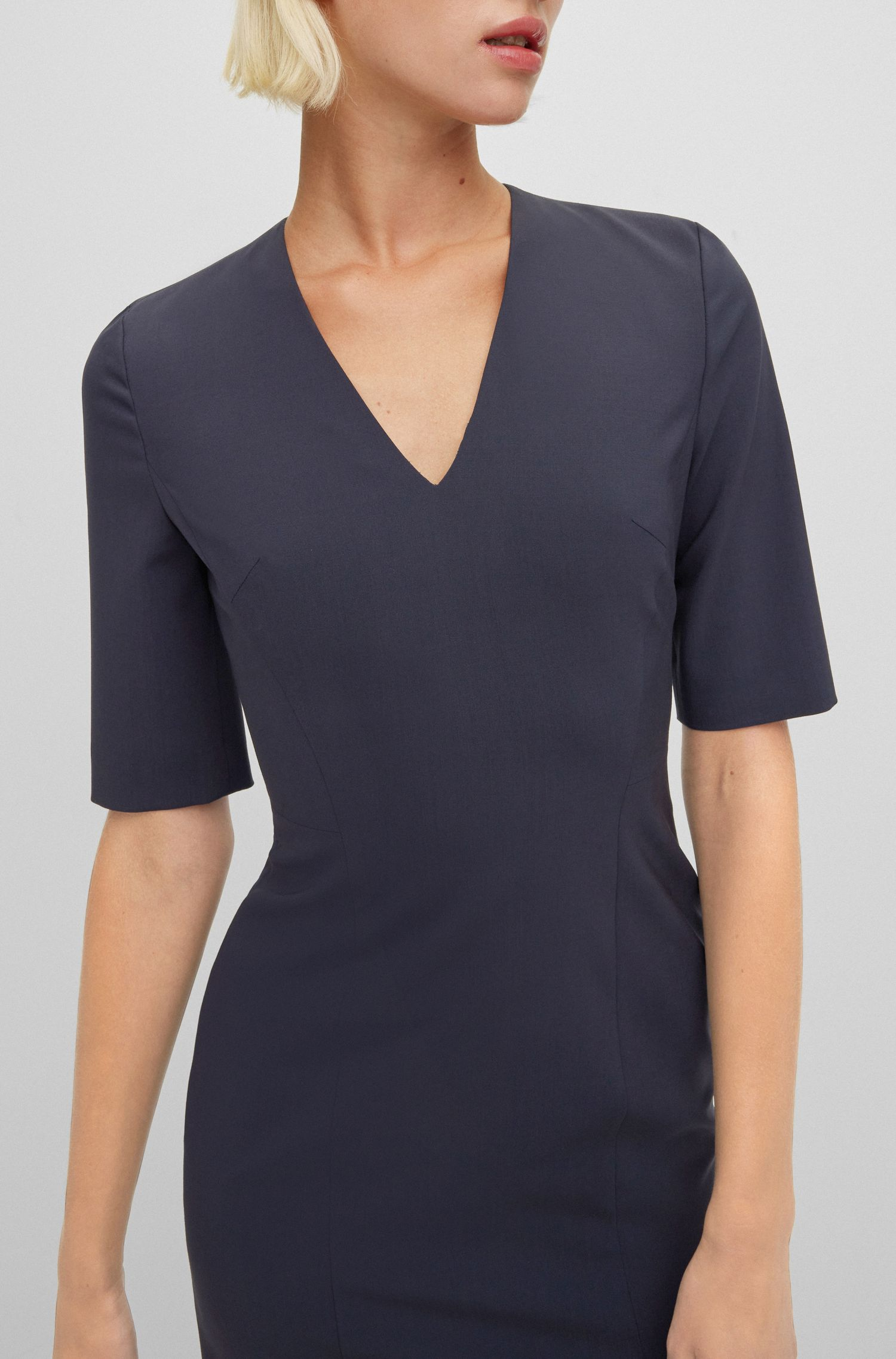 Stretch-virgin-wool shift dress with deep V neckline, Dark Blue