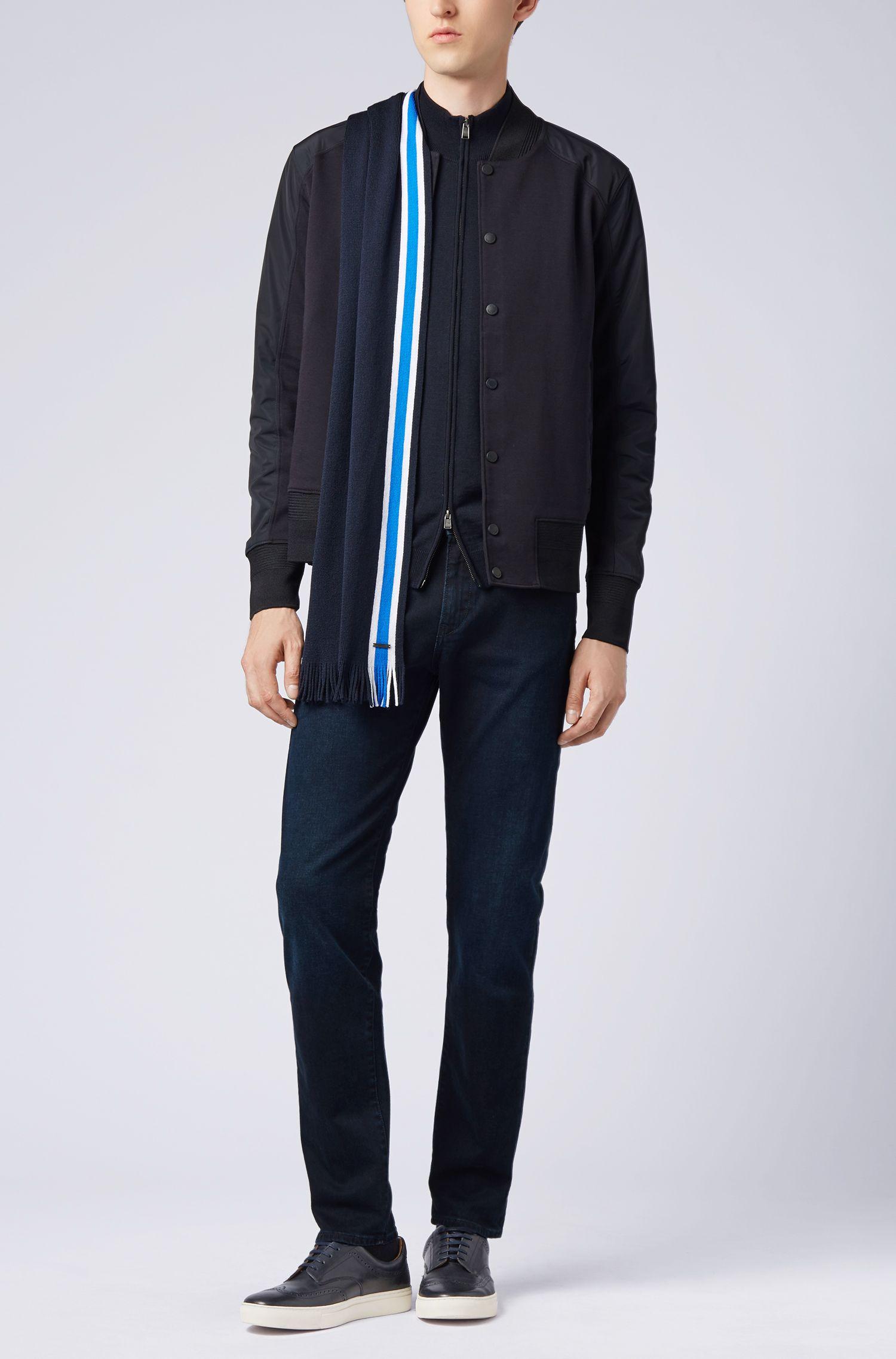 Écharpe en laine vierge à rayures placées raffinées, Bleu foncé