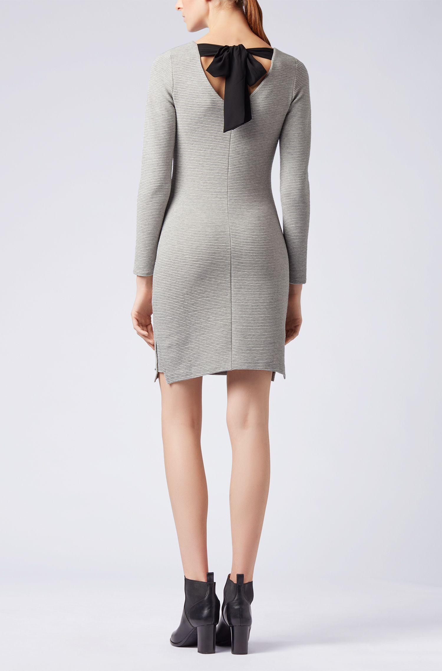 Vestido entallado en punto otomano con detalle de lazo en la espalda, Plata
