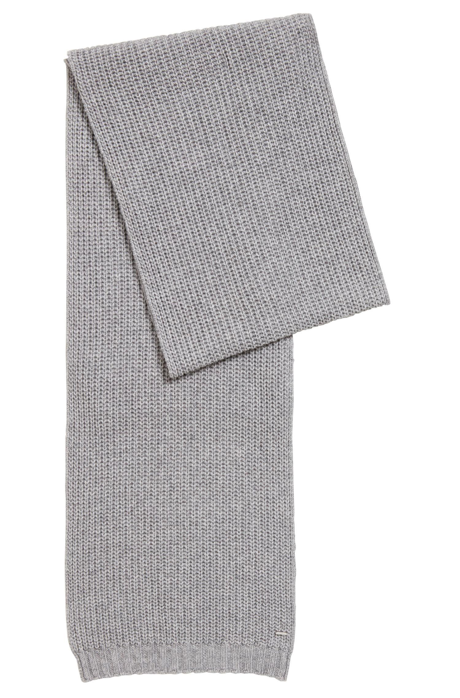 Grobstrick-Schal aus Material-Mix mit Kaschmir, Silber