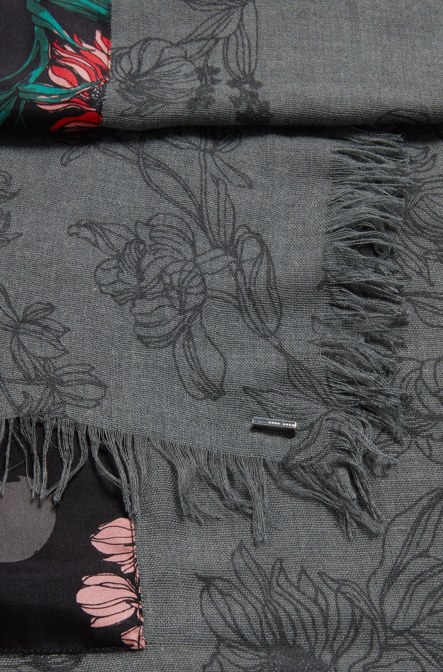Schal mit Blumen-Print und Bordüre aus Seide, Gemustert