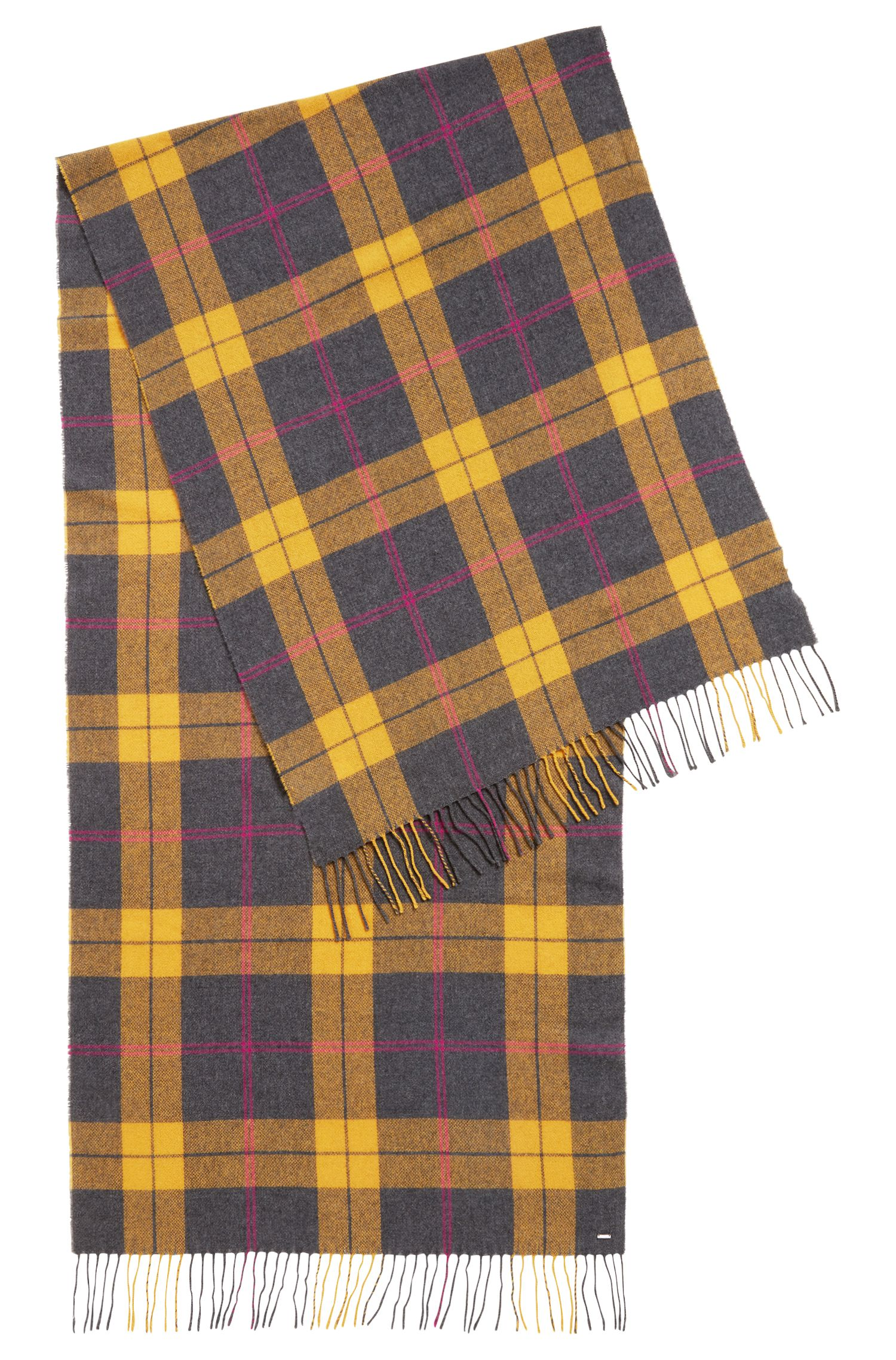 Checked scarf in a wool blend with fringed edges, Patterned