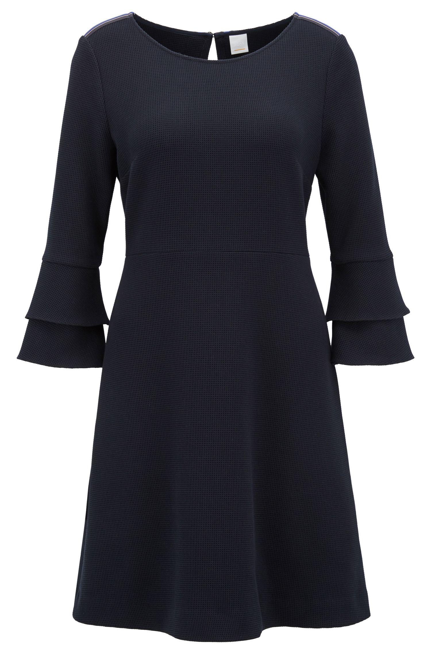 Kleid aus strukturiertem Interlock mit Trichterärmeln, Dunkelblau
