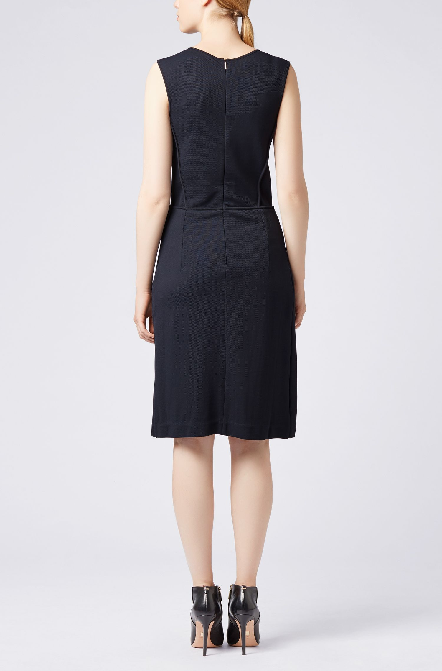 Jersey dress in stretch twill with plissé insert
