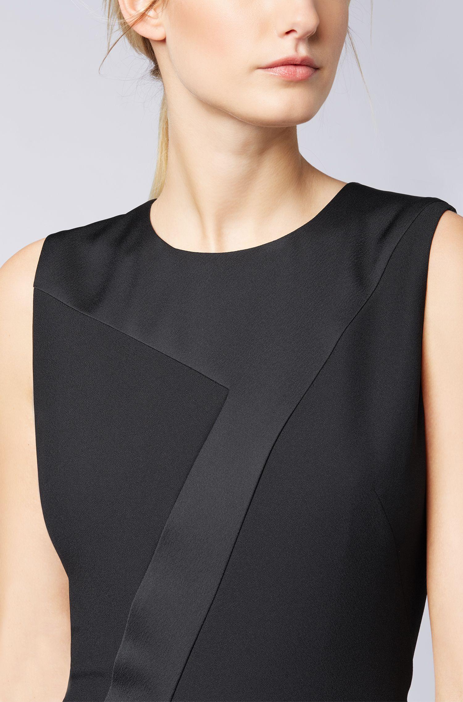 Vestido midi de patchwork en crepé con detalle de falda plisada, Negro