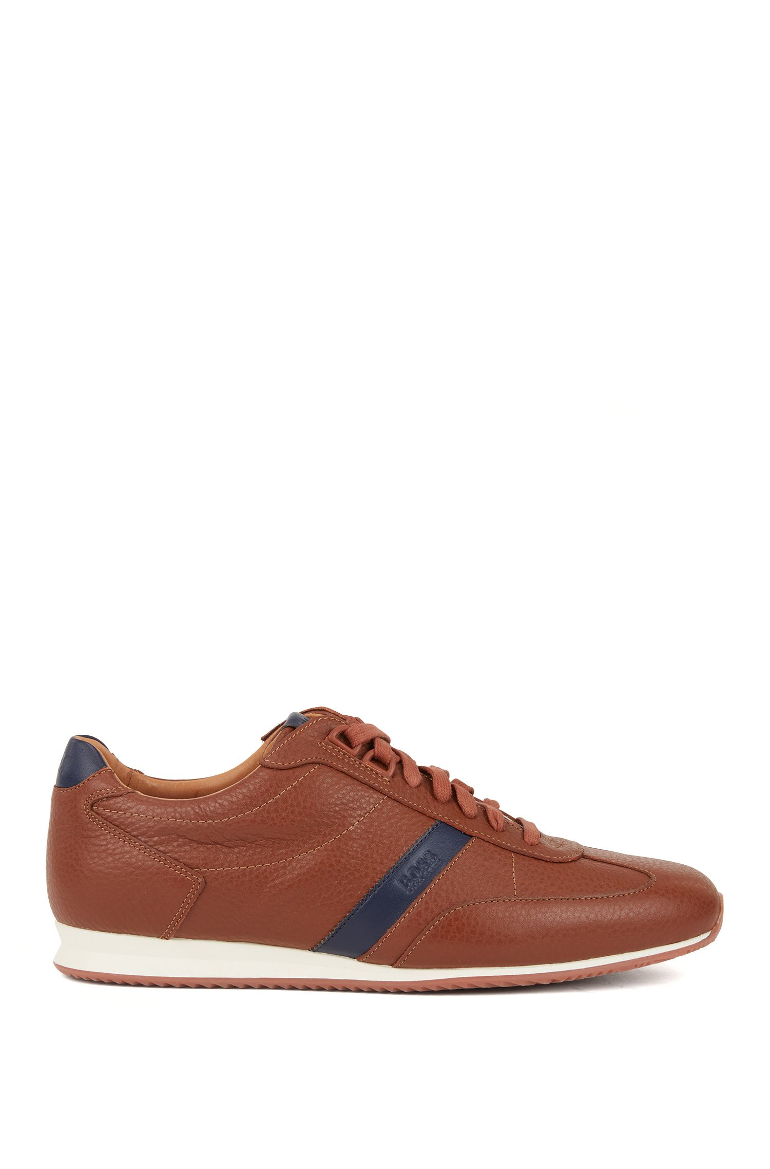 Low-top trainers in tumbled leather with logo detail, Brown