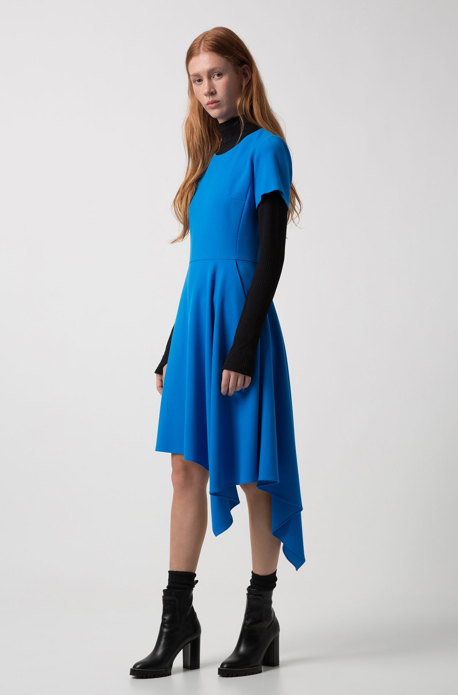 Short-sleeved dress in stretch crepe with asymmetric hem