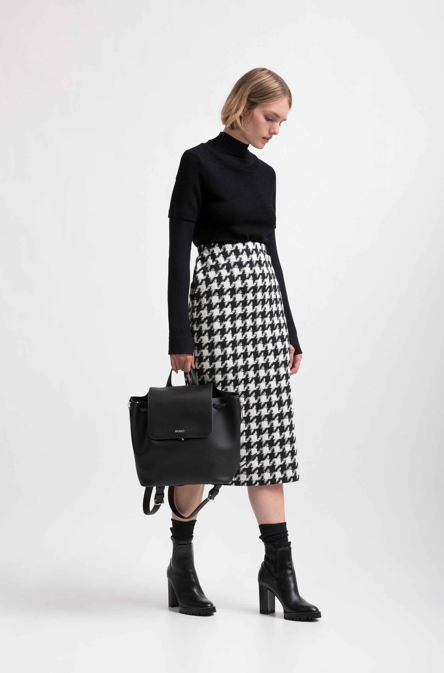 Midi-length pencil skirt with oversized houndstooth check, Patterned