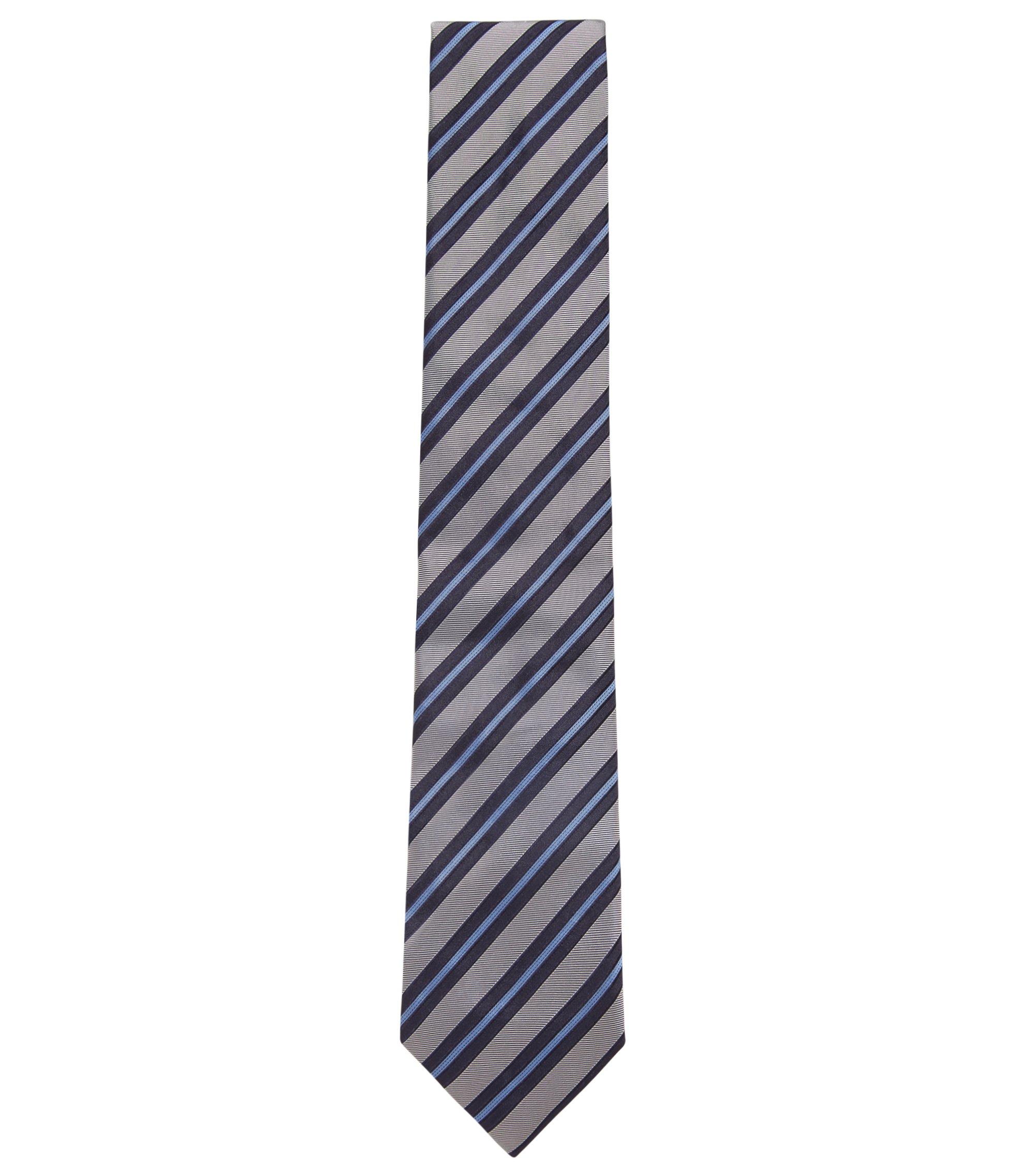 In Italië vervaardigde stropdas in een jacquard van zijde met diagonale strepen, Lichtblauw