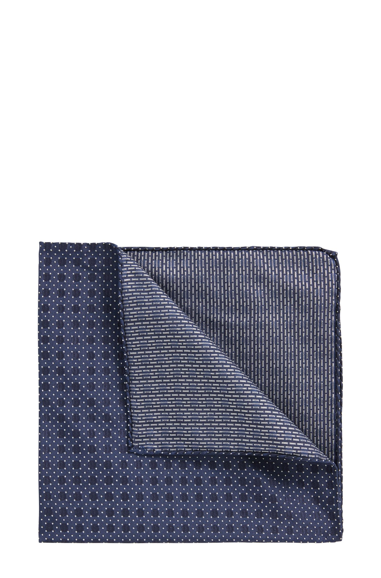 Italian-made patterned pocket square in silk jacquard