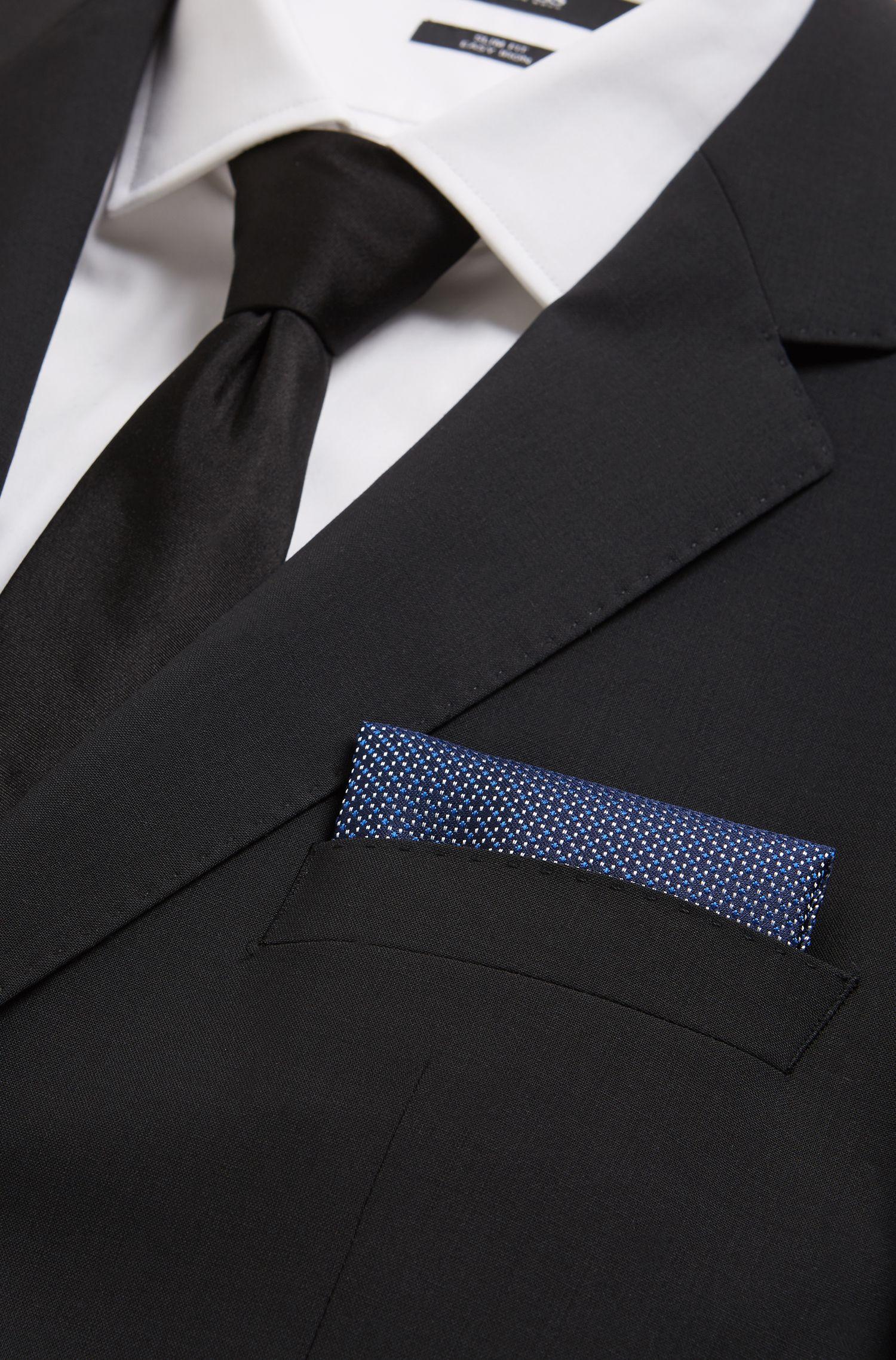 In Italien gefertigtes Einstecktuch aus gemustertem Seiden-Jacquard, Hellblau