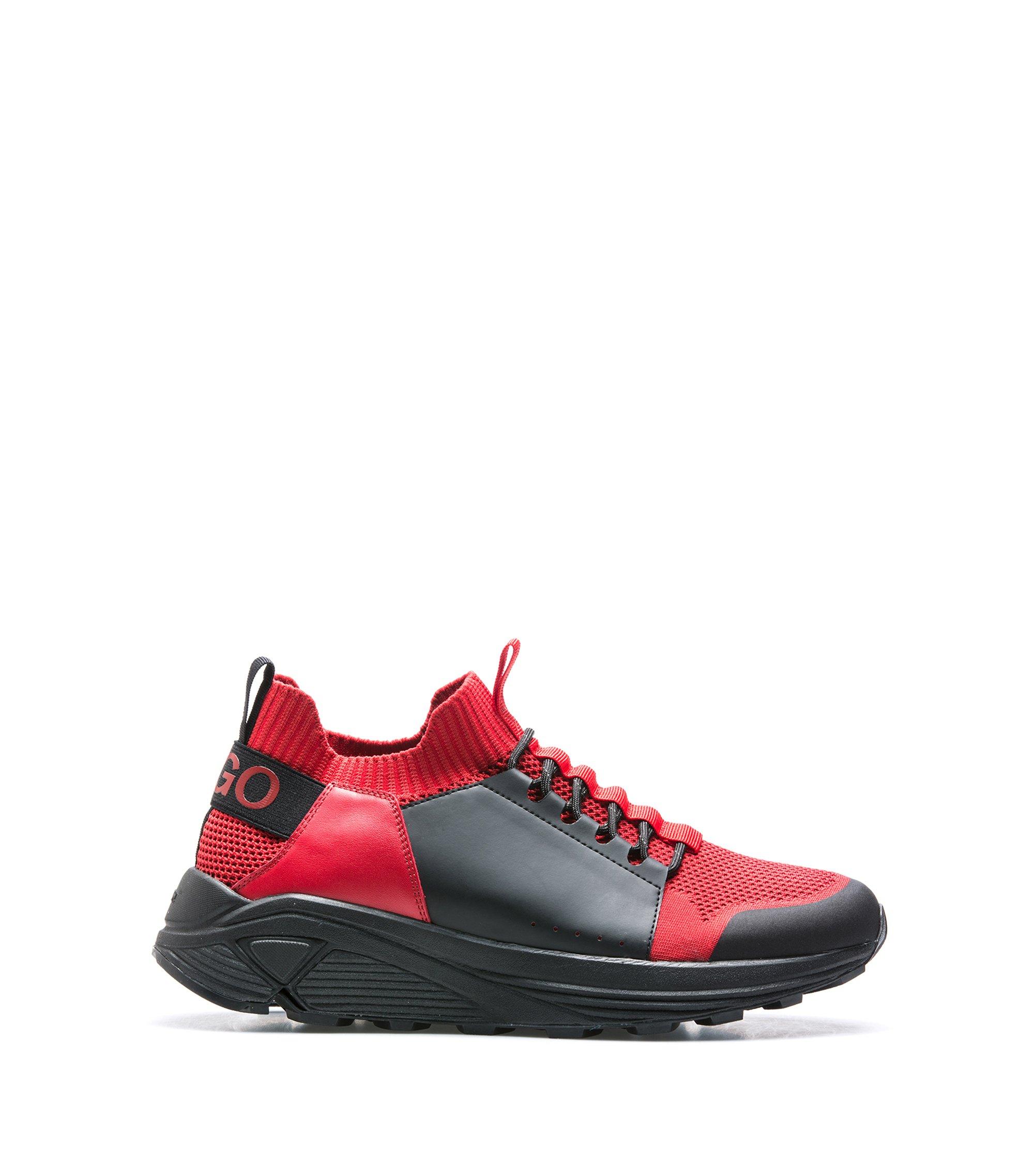 Moderne vetersneakers met dikke Vibram-zool, Donkerrood