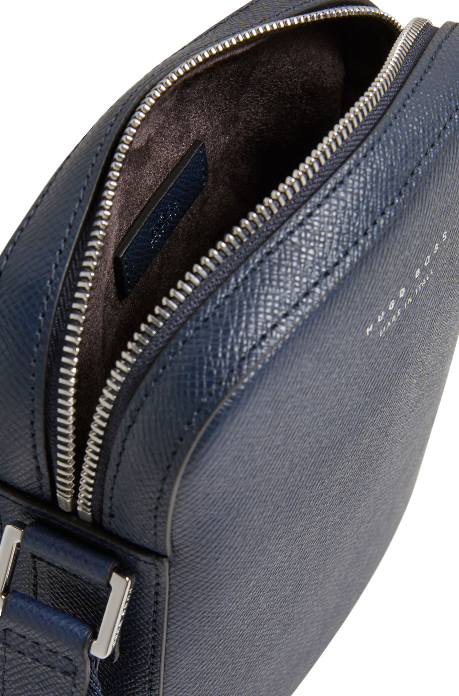 Crossbody-tas van gestructureerd Italiaans leer uit de Signature Collection