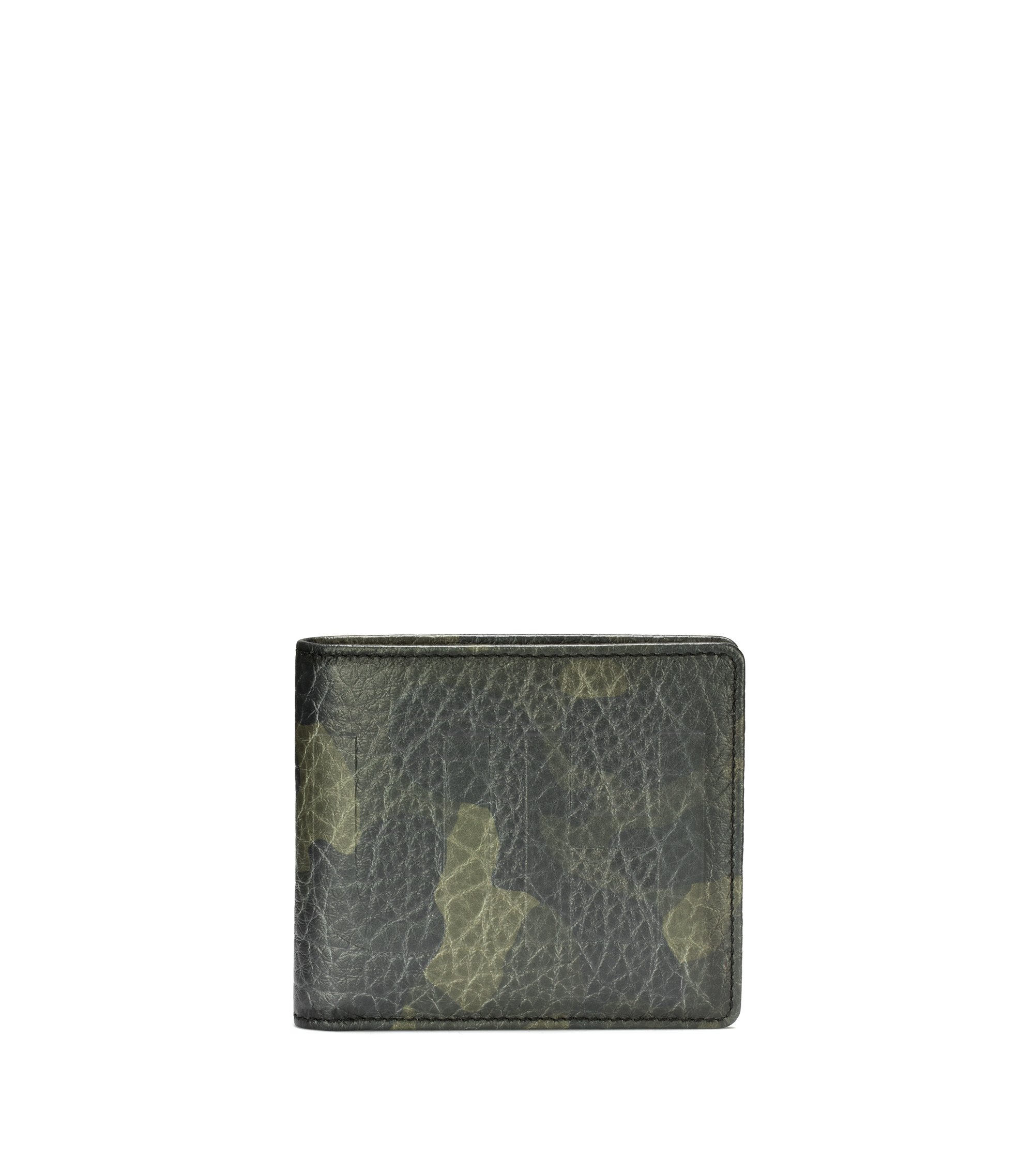 Billfold wallet in camouflage-print leather with eight card slots, Patterned