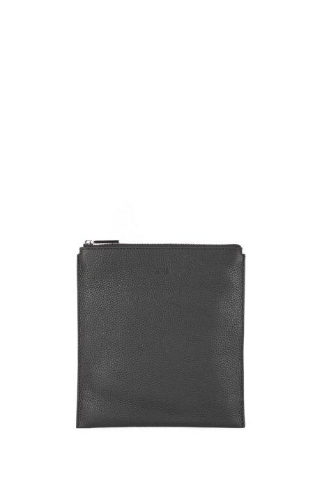 Envelope bag in grained Italian leather, Black
