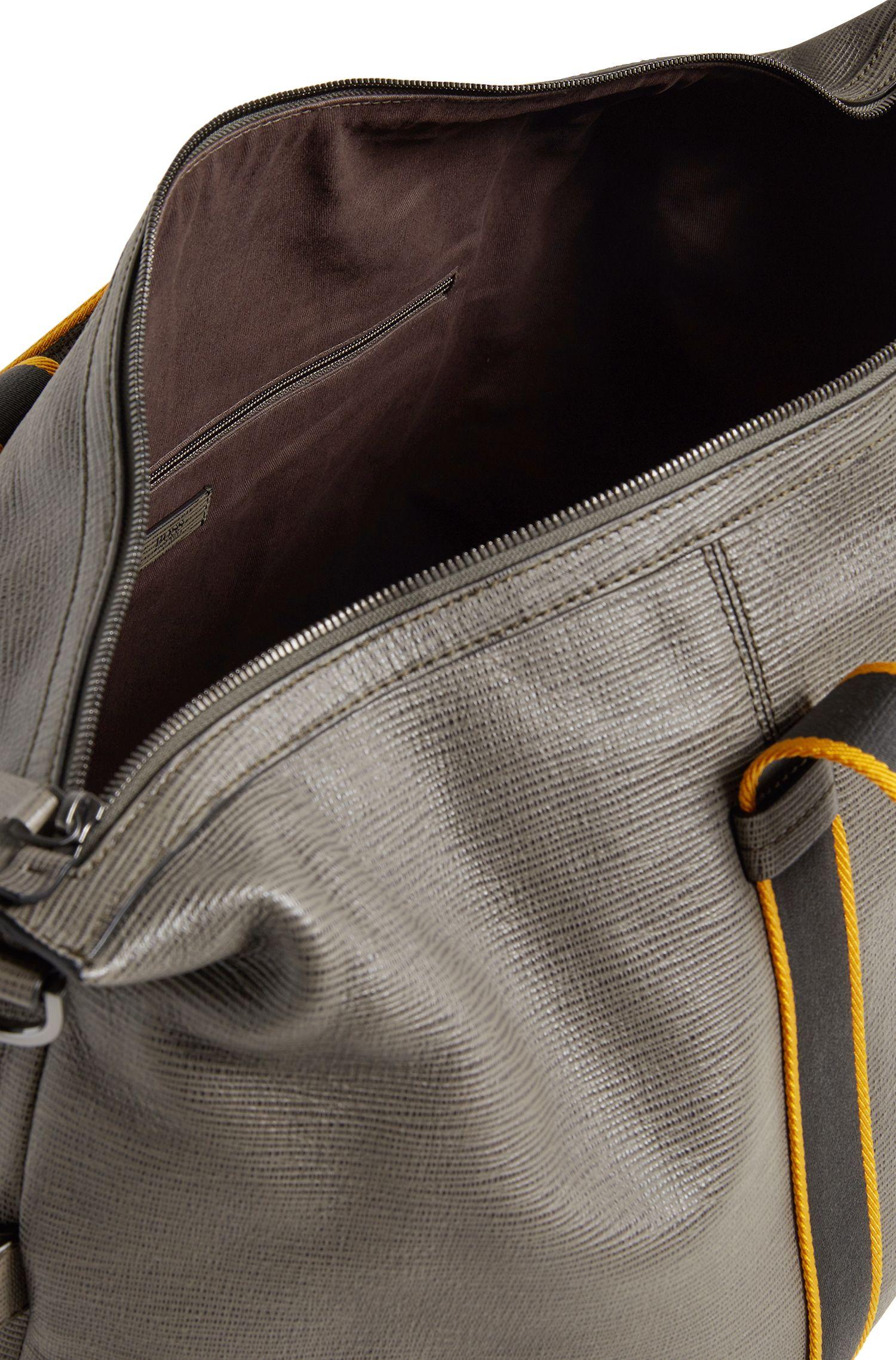 Zip-up holdall in embossed Italian calf leather, Dark Green