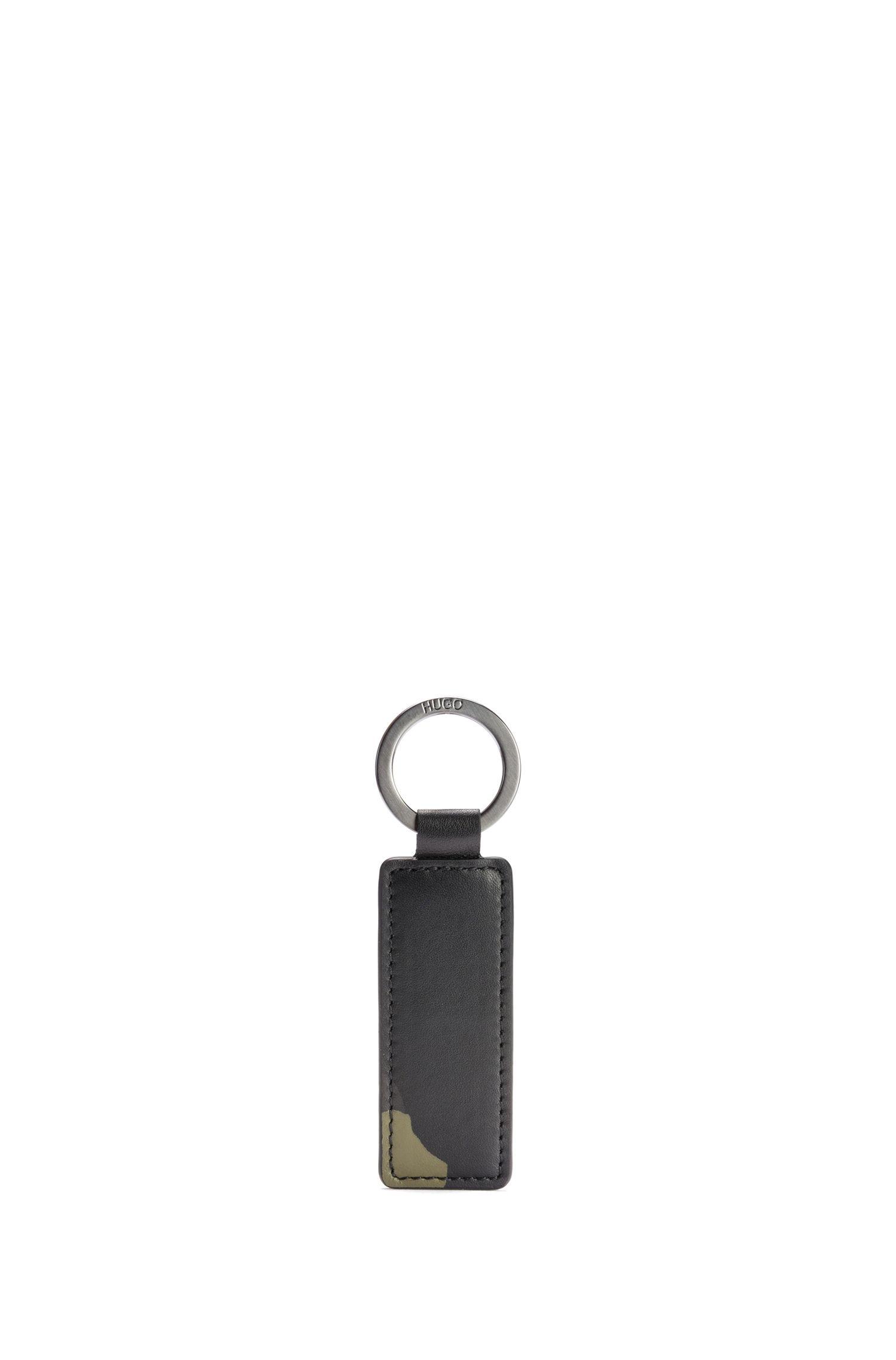 Geschenk-Set mit Geldbörse und Schlüsselanhänger aus Leder mit Camouflage-Print, Gemustert