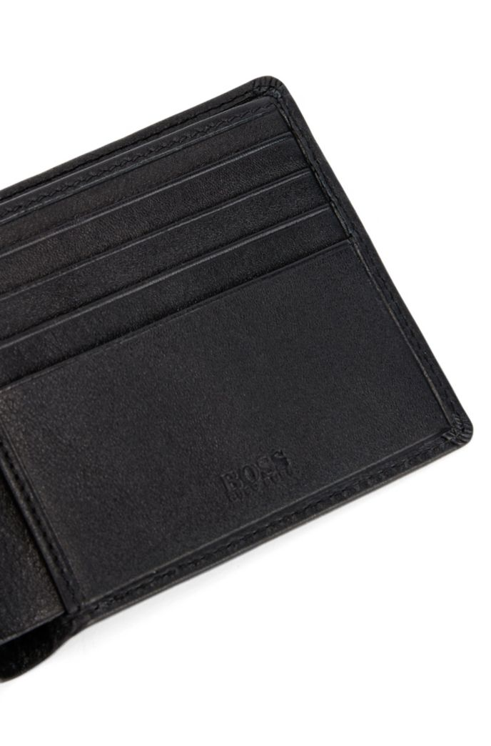 Billfold wallet in nappa leather with eight card slots