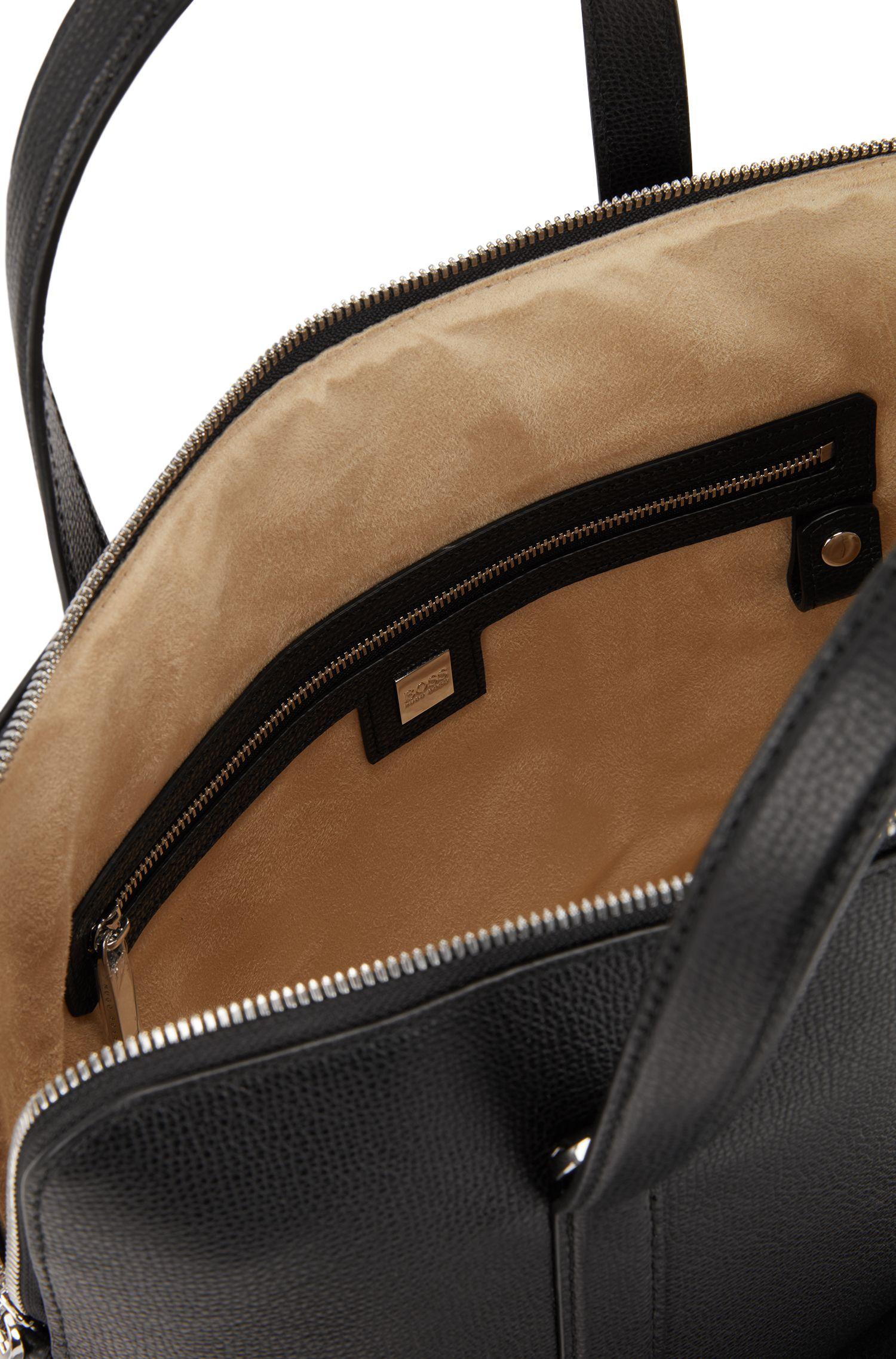 Valigetta stile borsa portatutto in pelle martellata realizzata in Italia, Nero