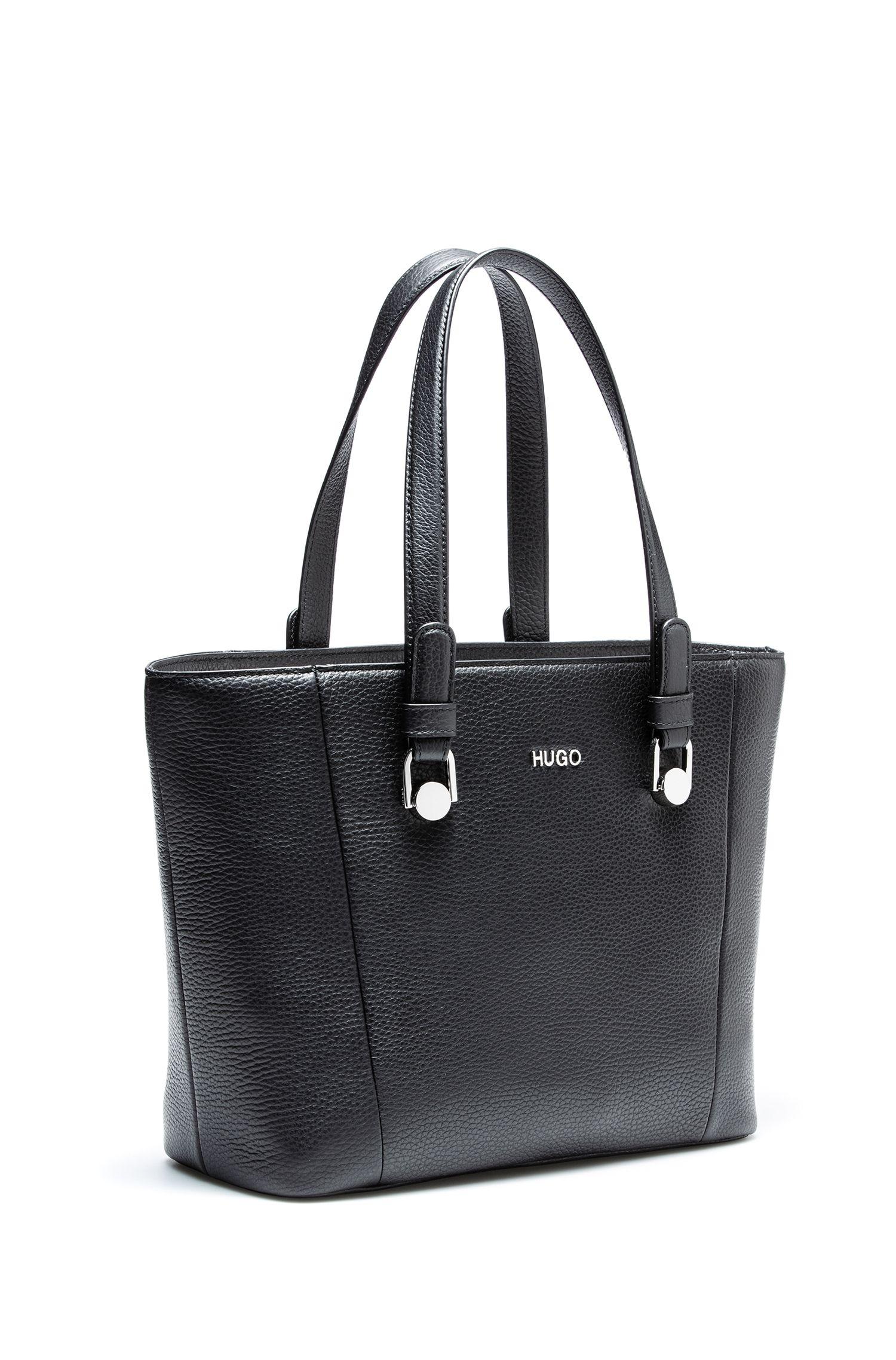 Zip-close shopper bag in tumbled Italian leather, Black