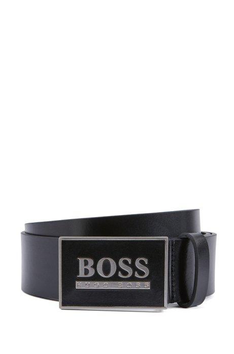 Cinturón de piel lisa con un moderno cierre de placa, Negro