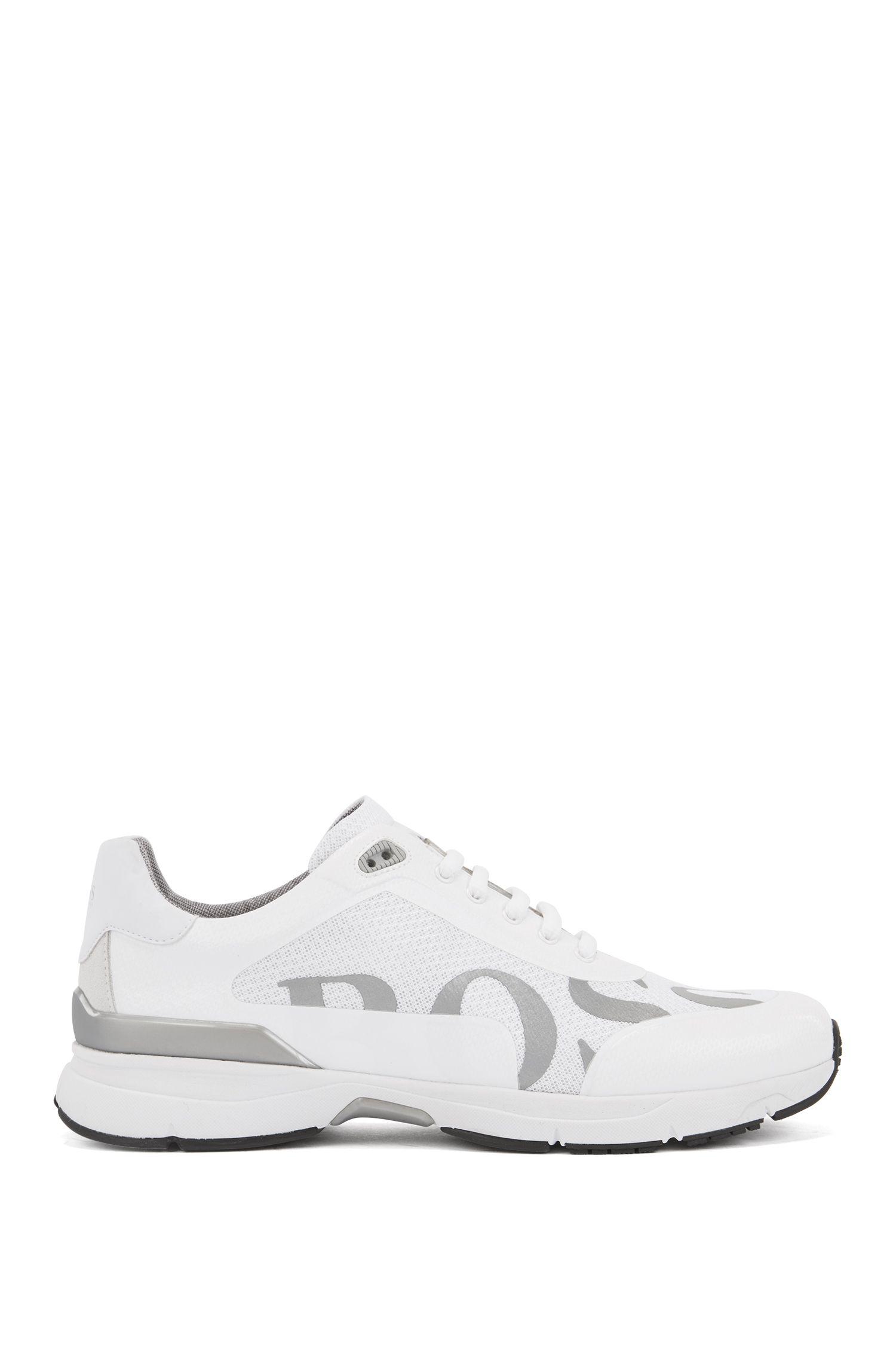Baskets style chaussures de course avec doublure en charbon de bambou, Blanc