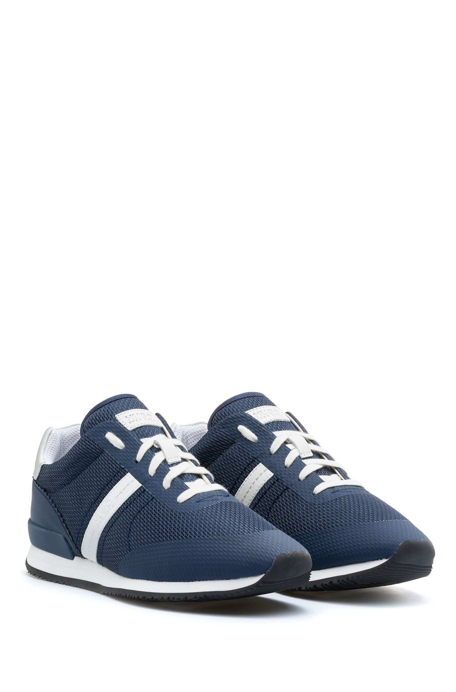 Sneakers low-top stringate con tomaia ibrida, Celeste
