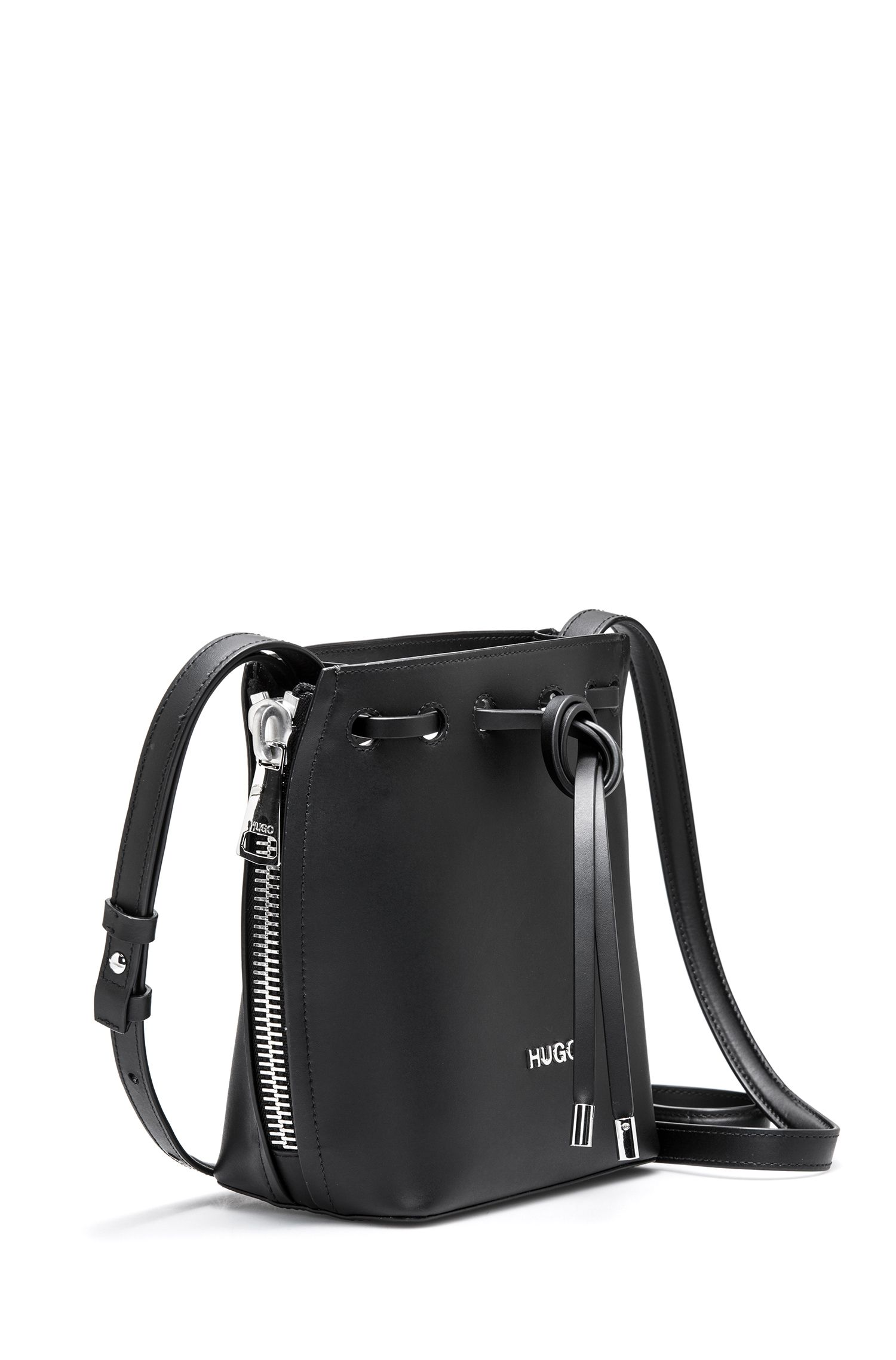 Drawstring bucket bag in Italian leather with zip details, Black