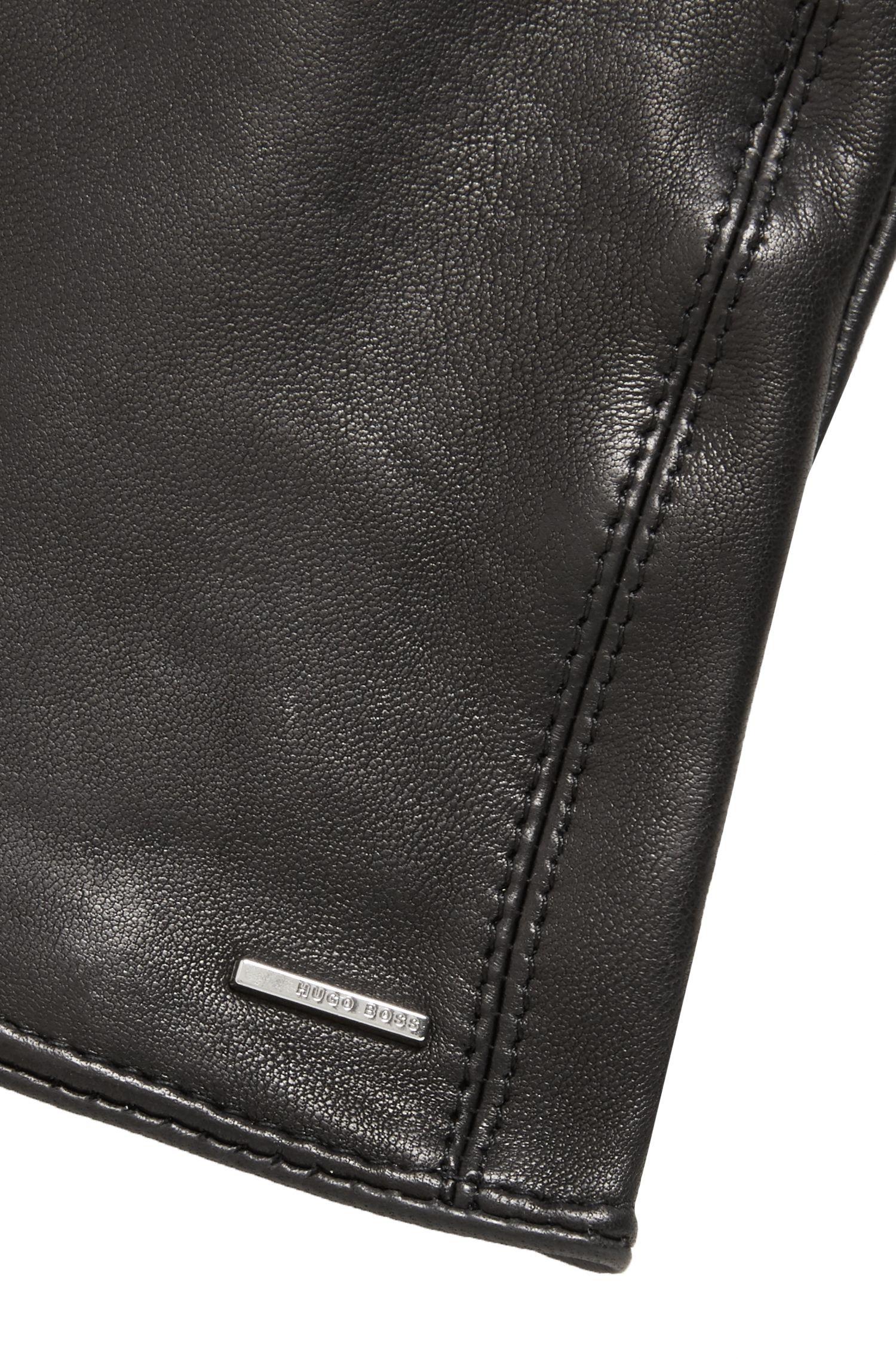 Handschoenen van lamsleer met geborduurde hartjes, Zwart